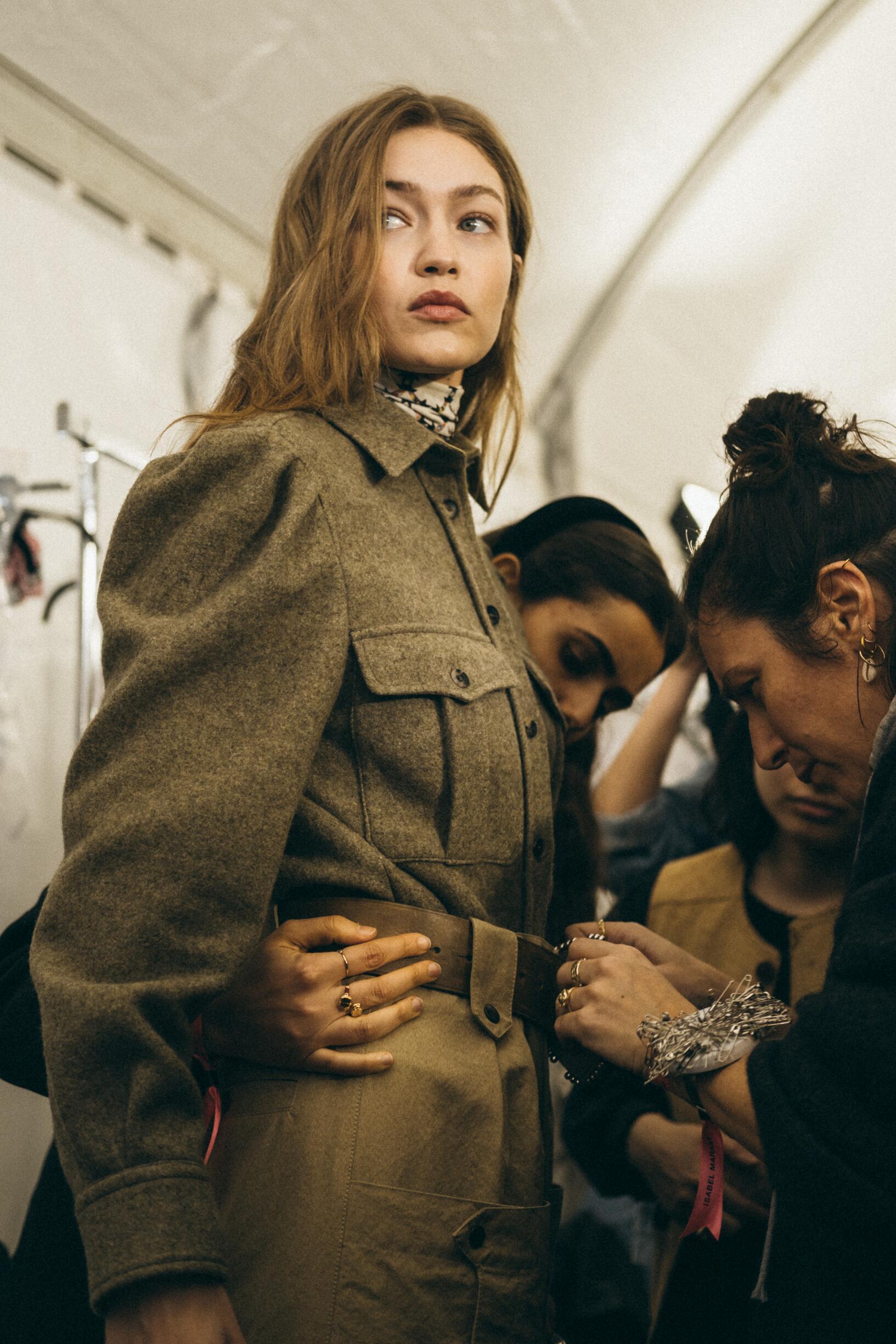 Backstage Isabel Marant Gigi Hadid