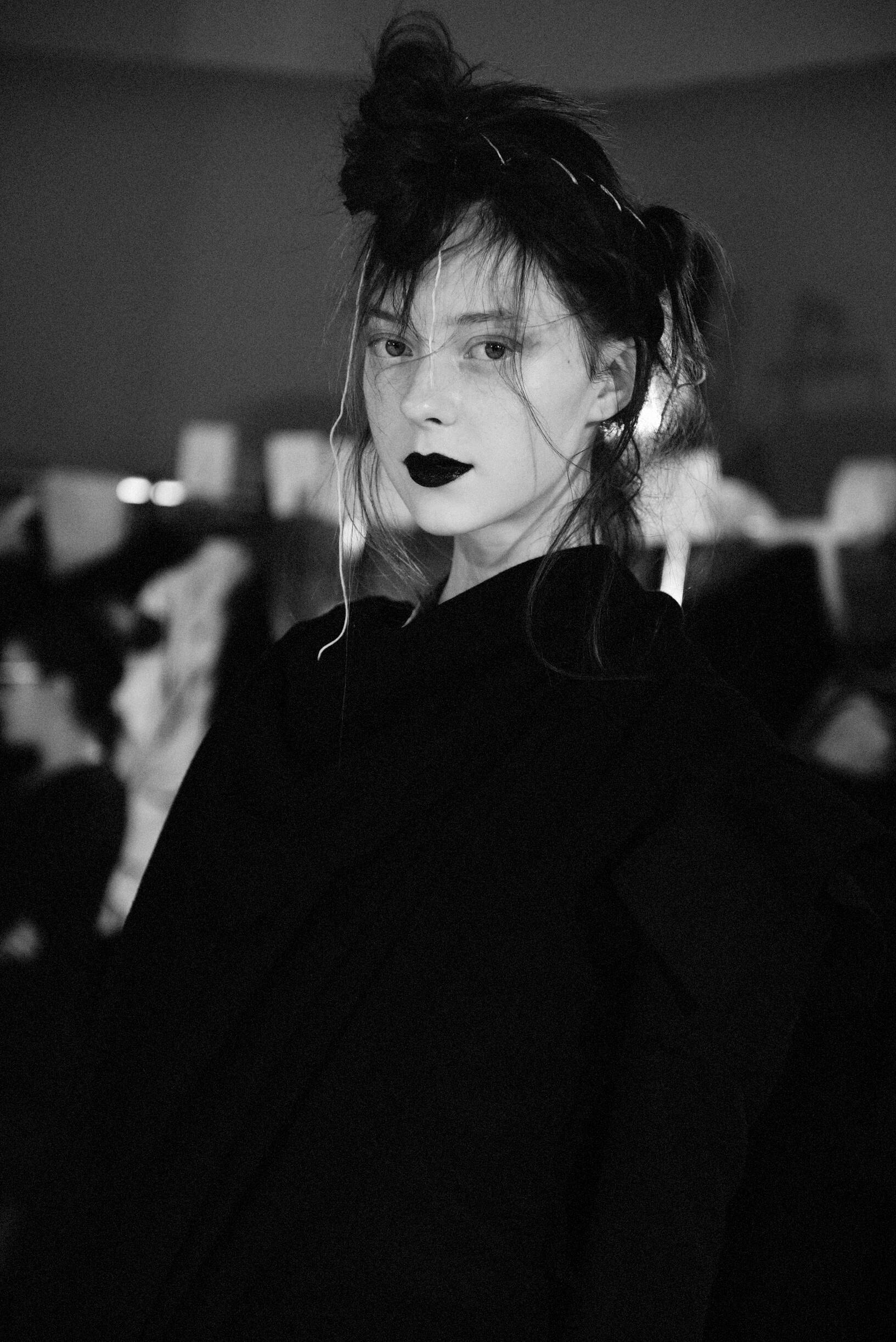 Backstage Yohji Yamamoto Model Fall Winter 2019
