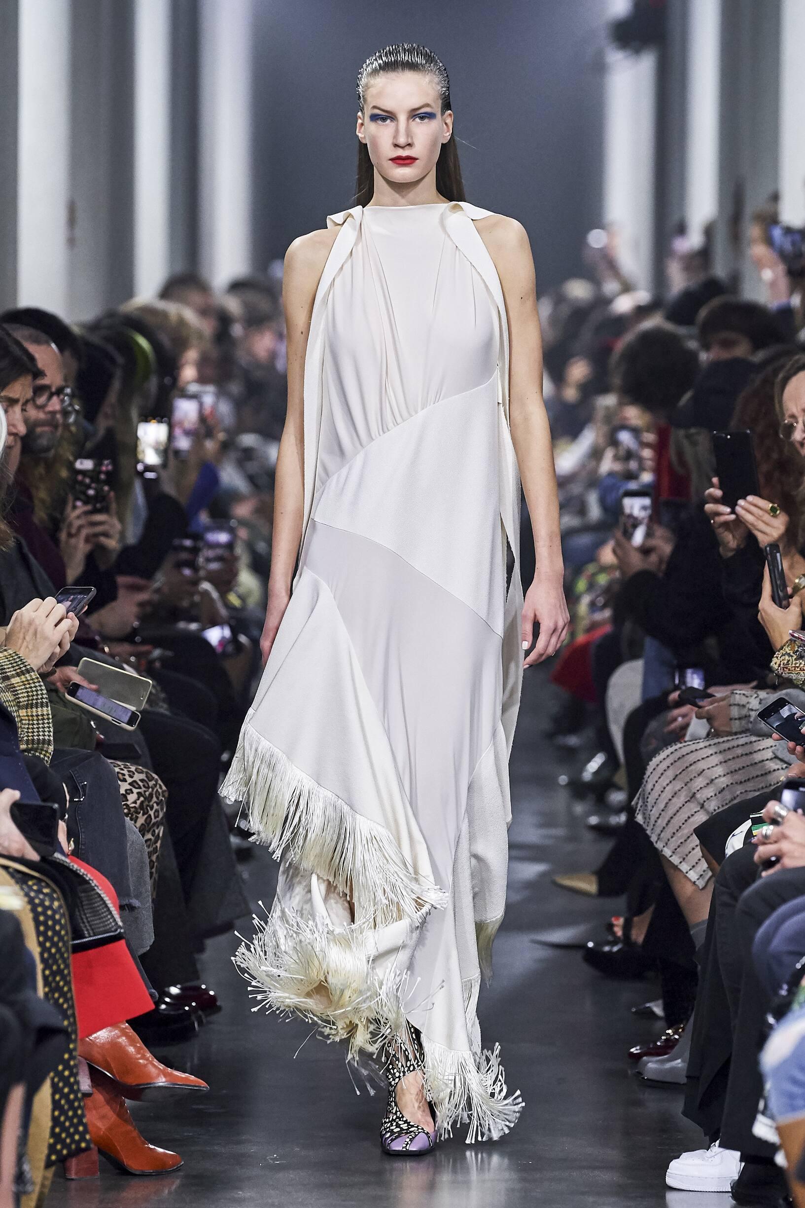 Catwalk Mugler Women Fashion Show Winter 2019
