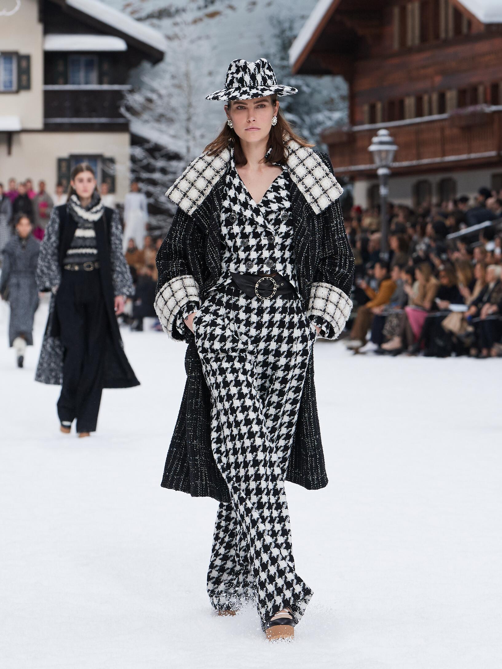 Chanel Woman 2019