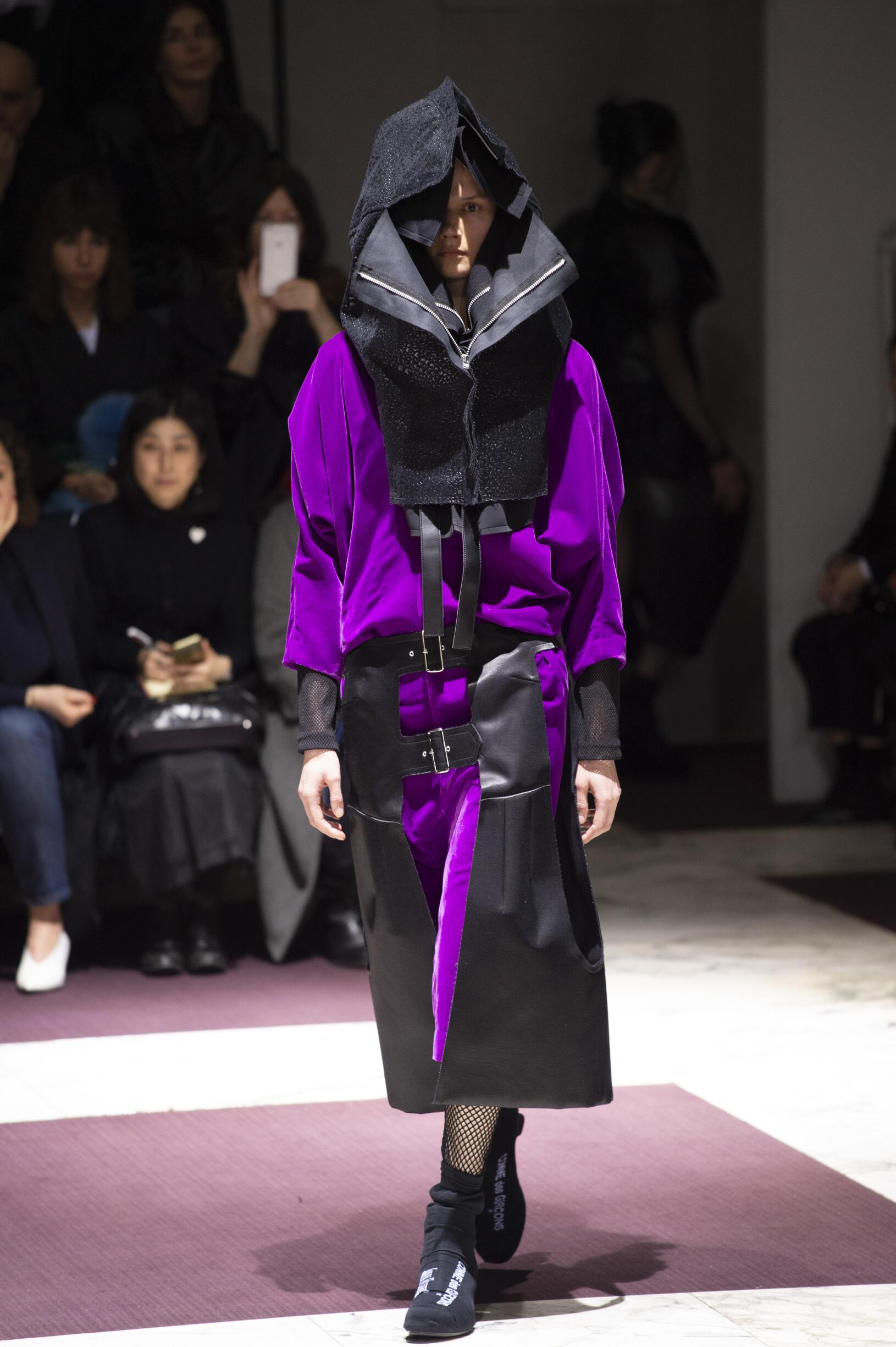 Comme des Garçons Fall Winter 2019 Womens Collection Paris Fashion Week