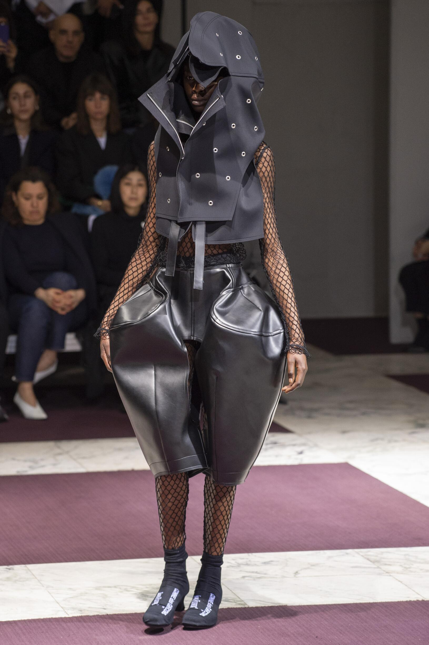 Comme des Garçons Paris Fashion Week Womenswear Trends