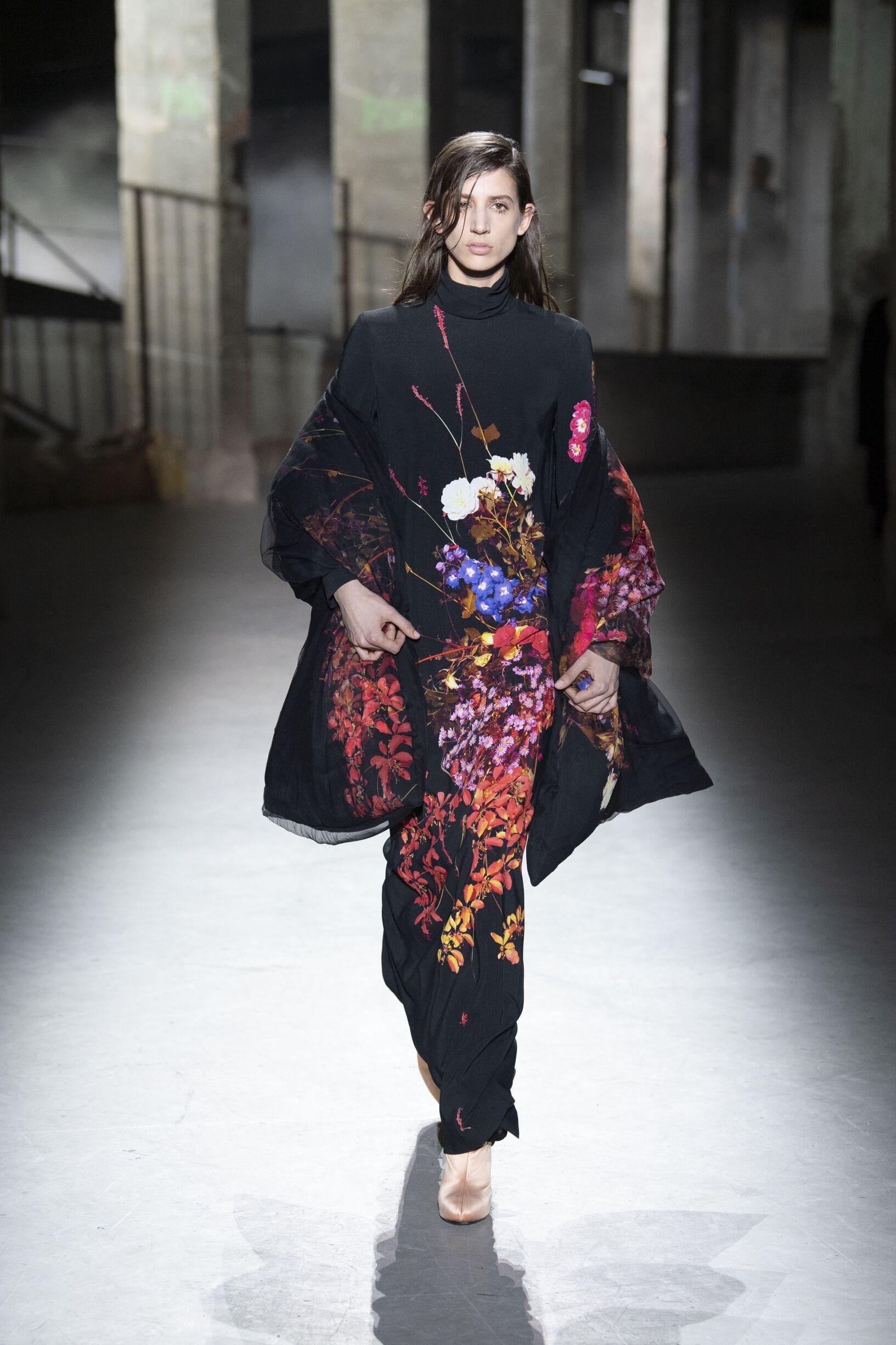 Dries van Noten 2019 Paris Trends Womenswear