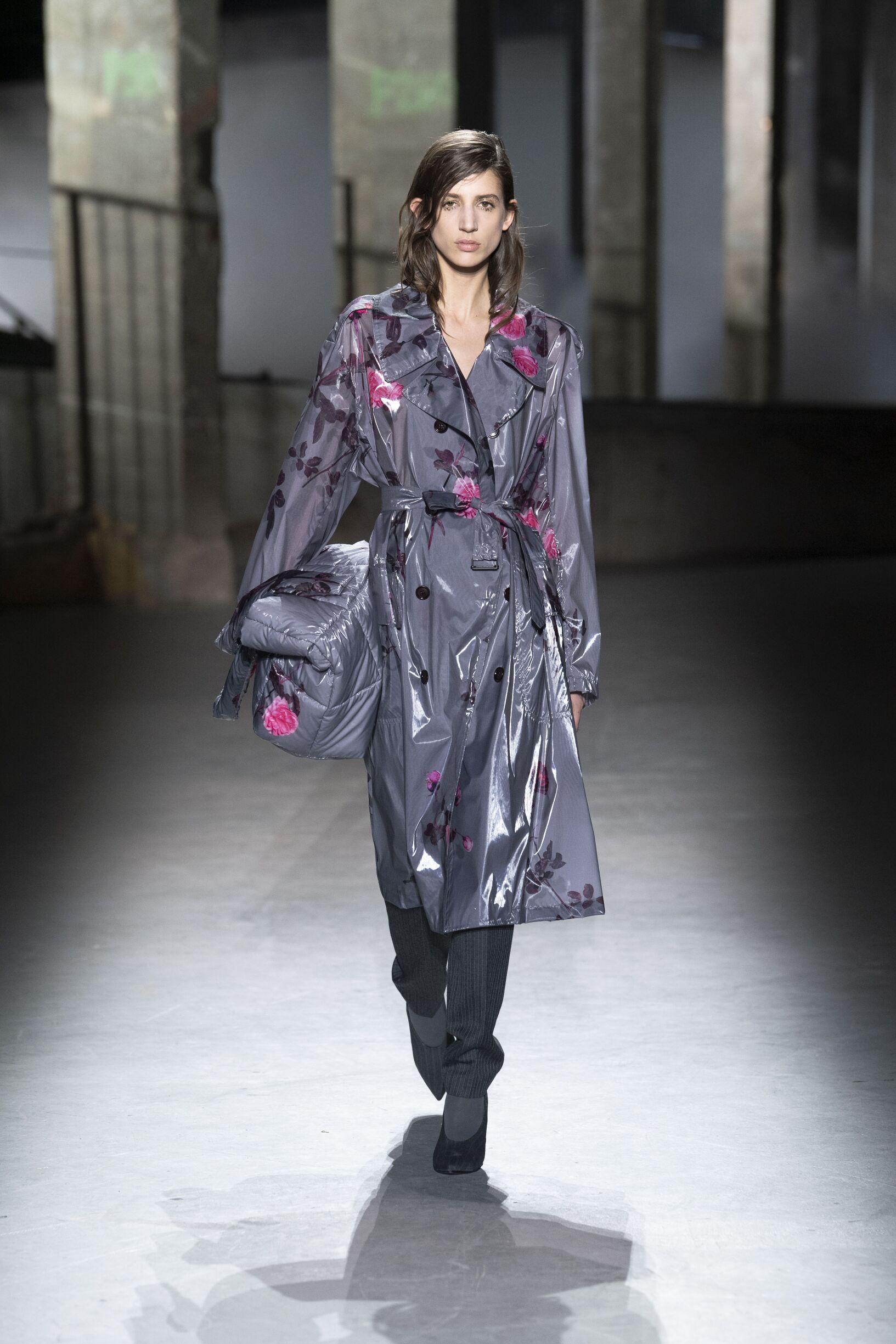 Dries van Noten Fall Winter 2019 Womens Collection Paris Fashion Week