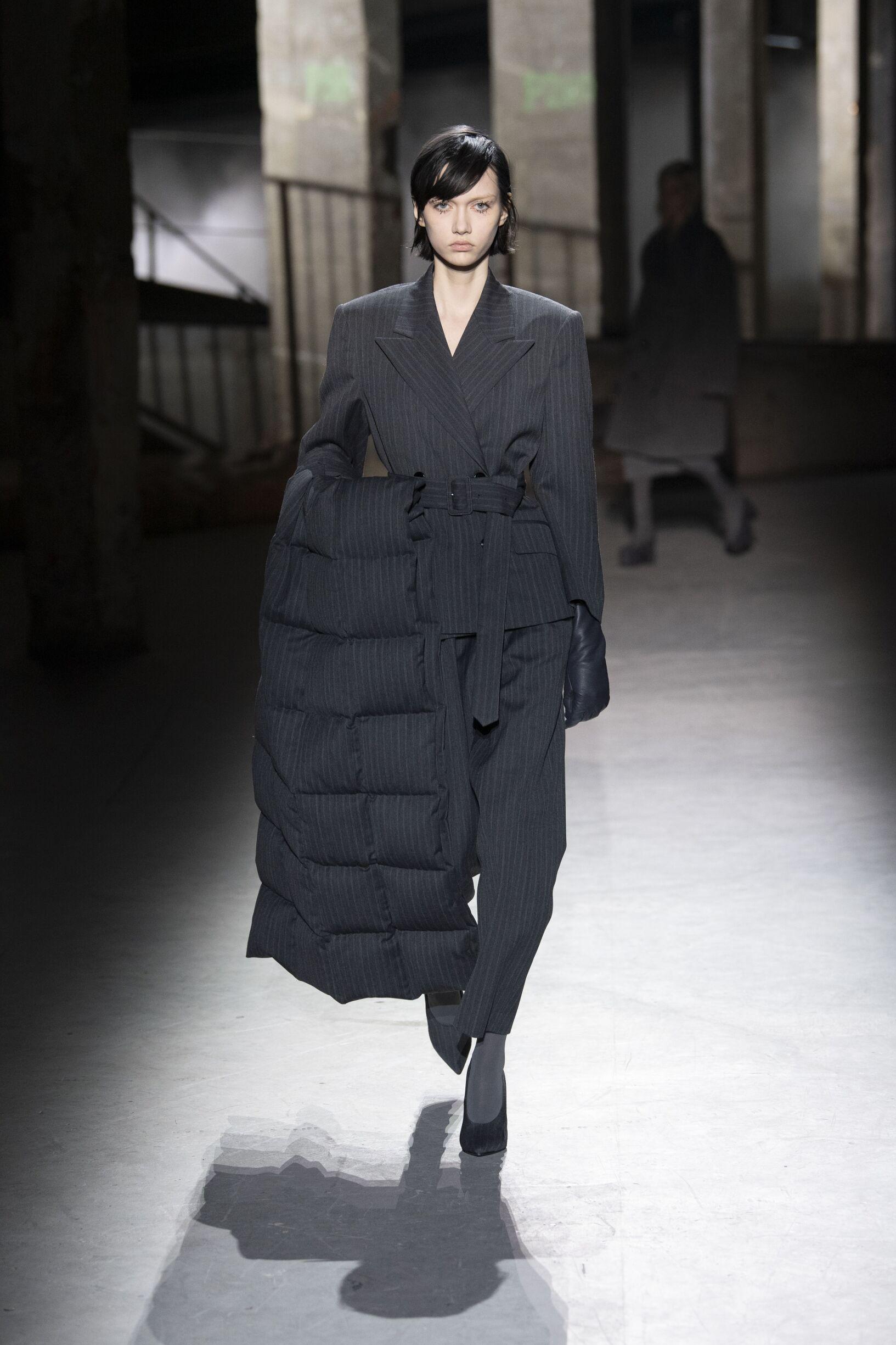 Dries van Noten Fashion Show FW 2019