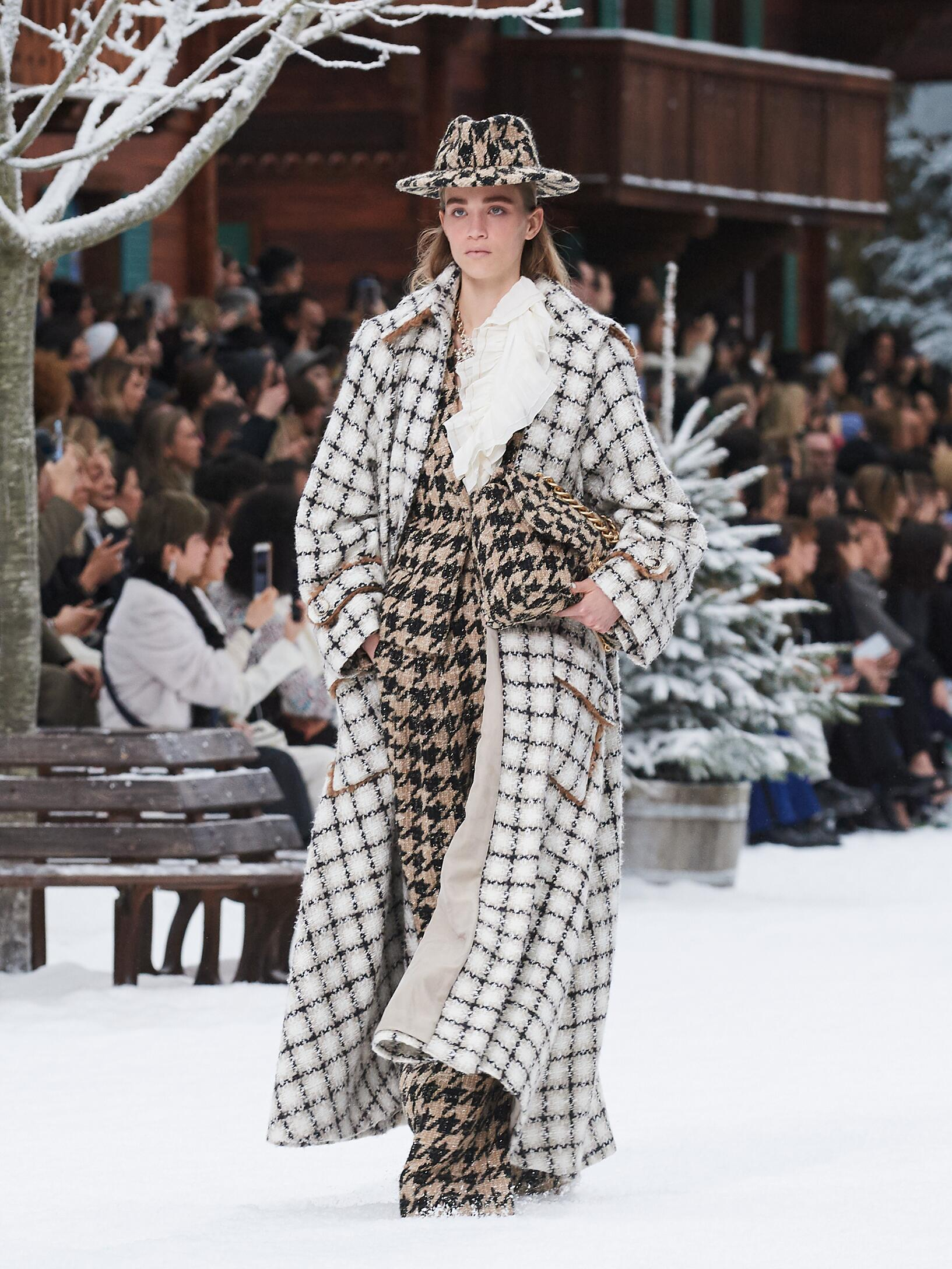 FW 2019-20 Chanel Fashion Show