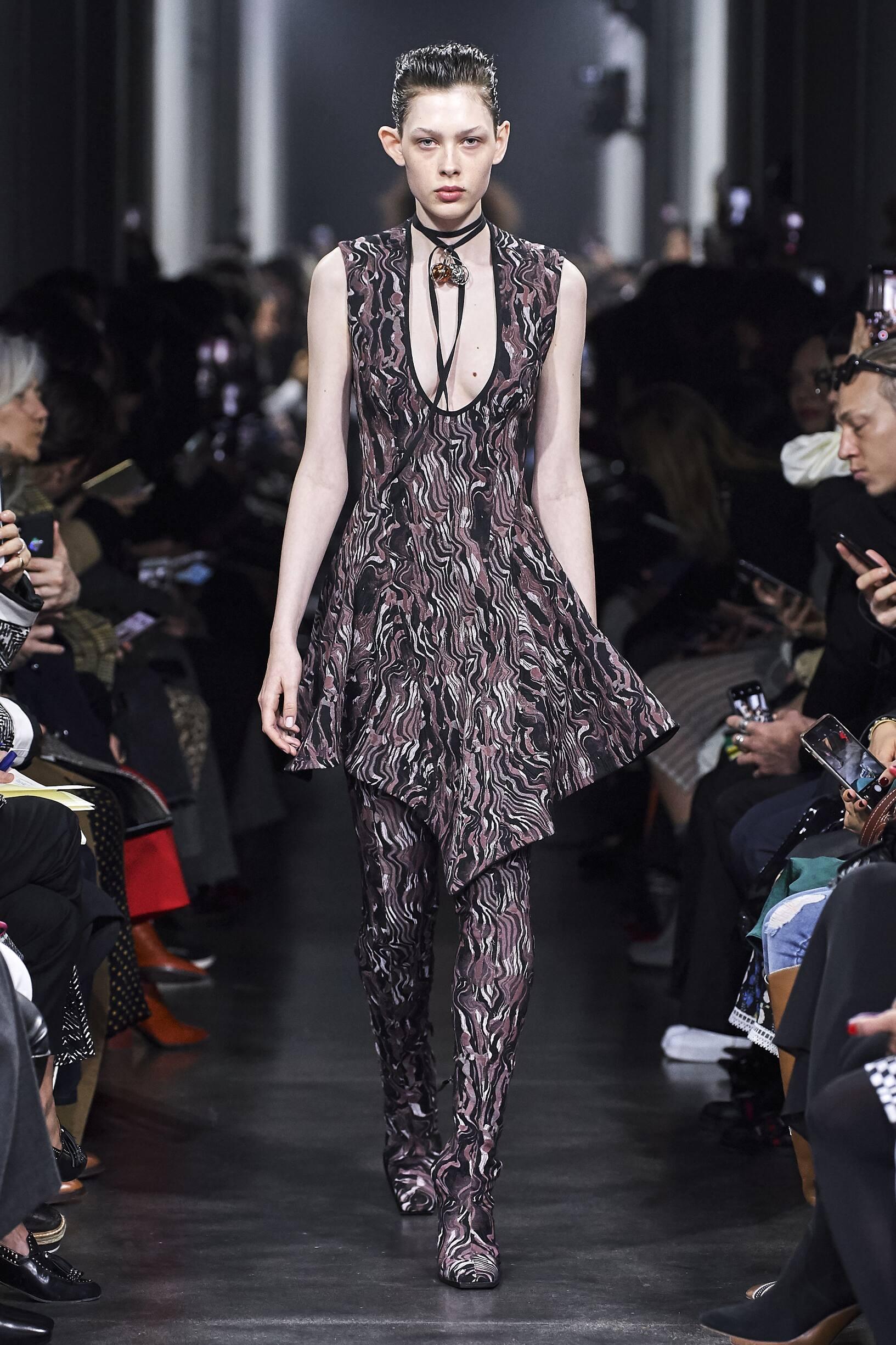 Fall 2019 Fashion Trends Mugler