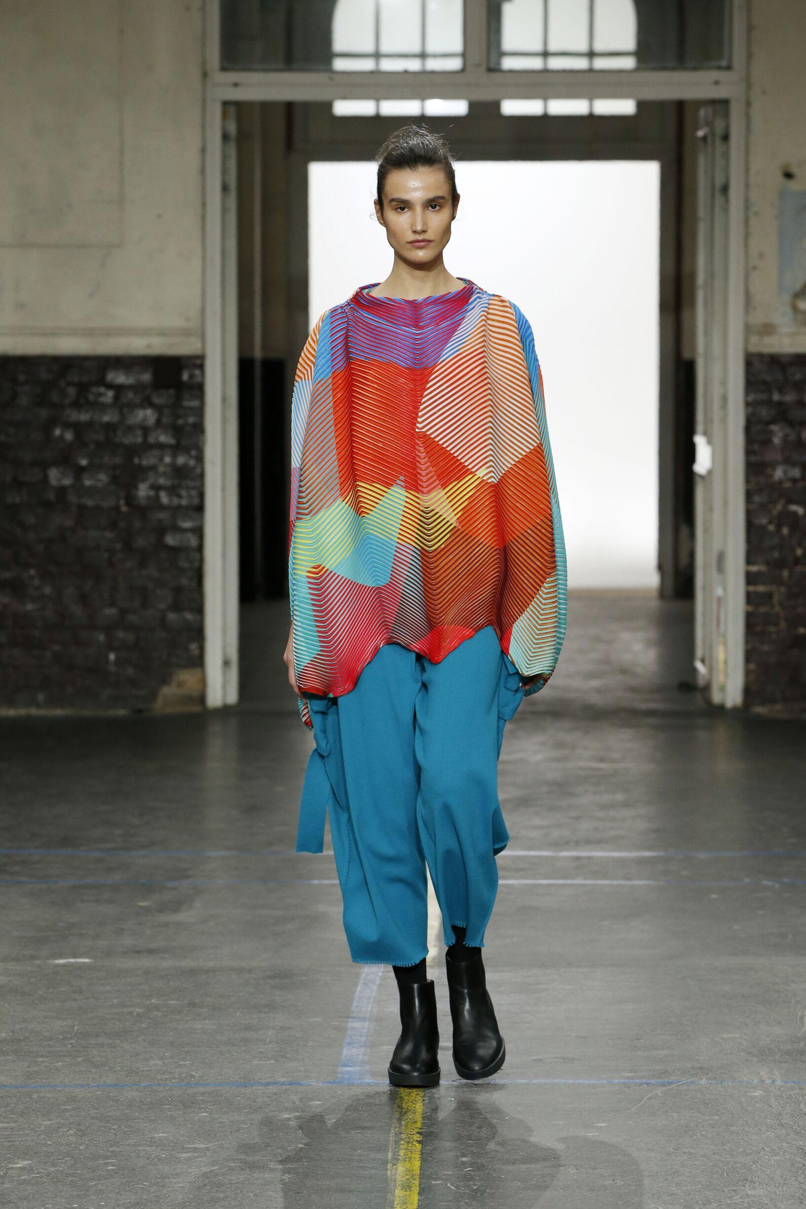 Fashion Show Woman Model Issey Miyake Catwalk