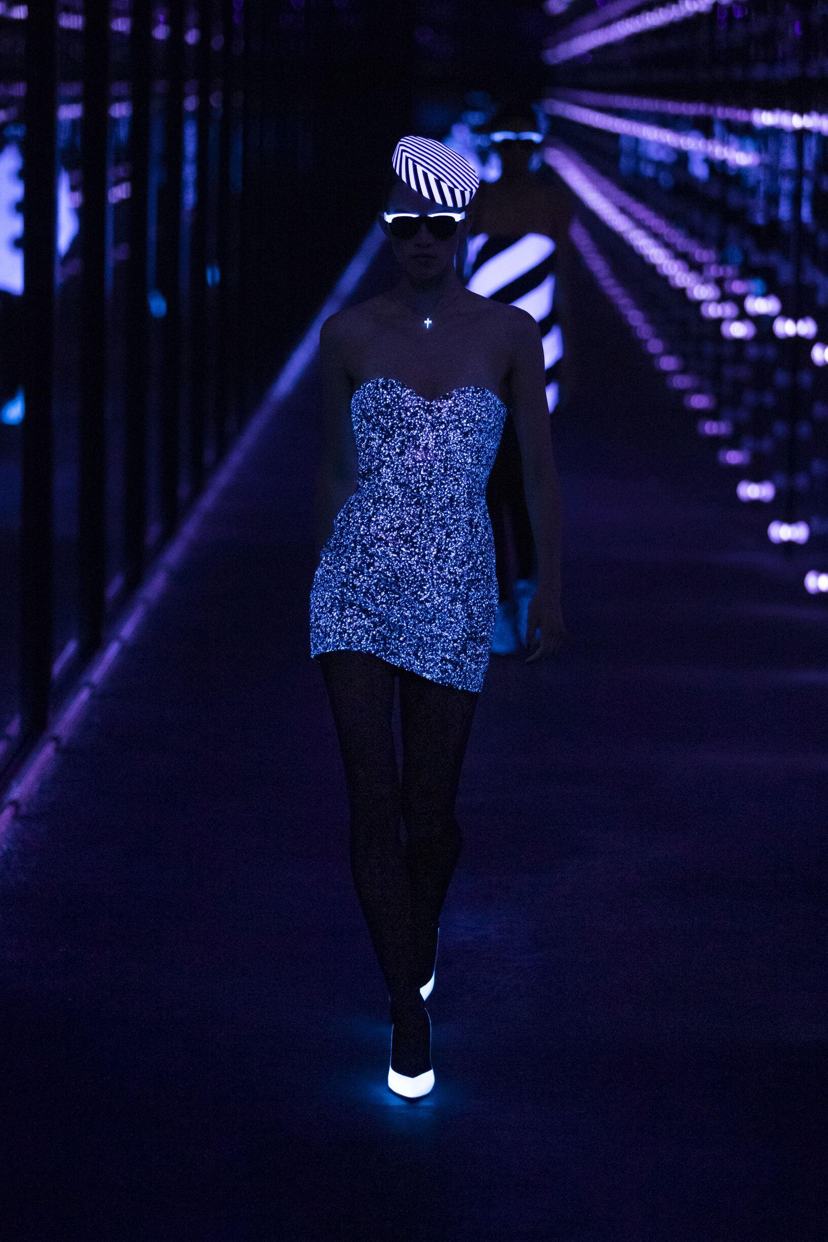 Fashion Trends 2019 Catwalk Saint Laurent Winter Womens Collection