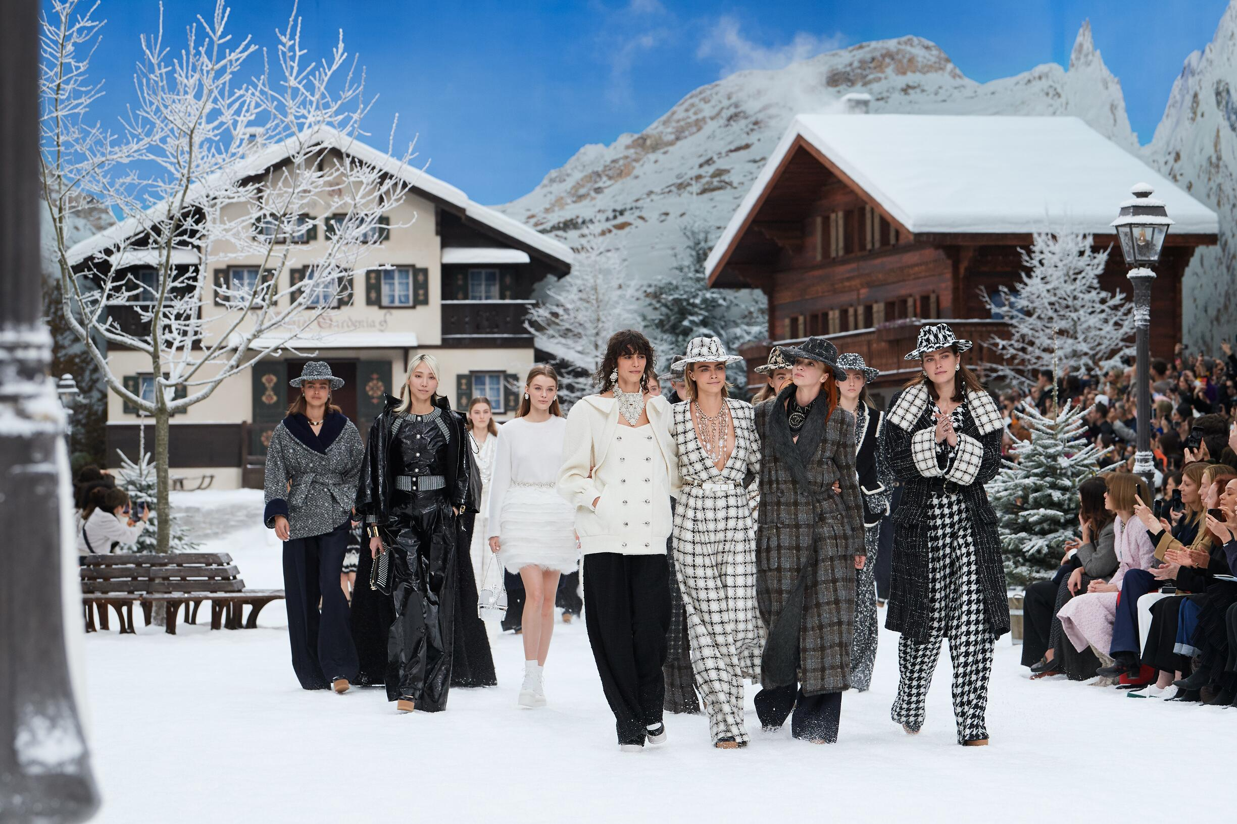 Finale Chanel by Olivier Saillant