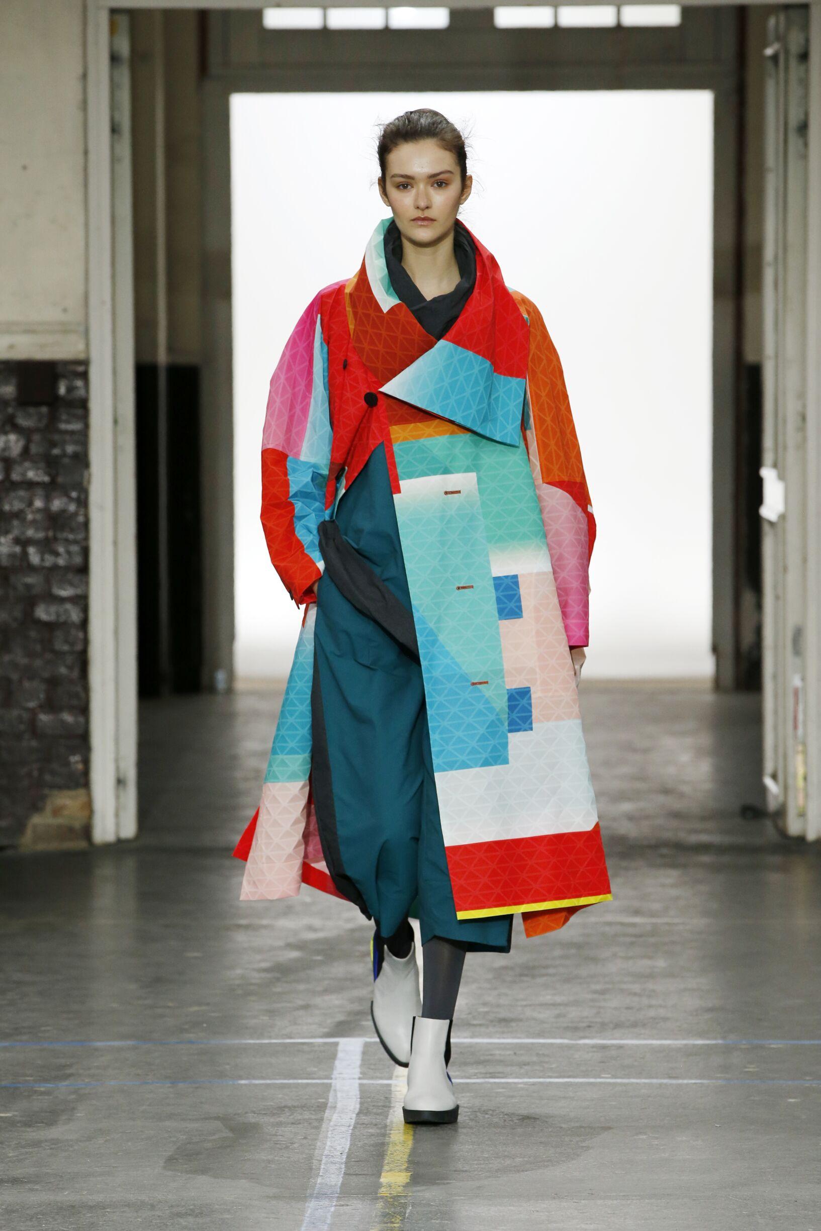 Issey Miyake Paris Fashion Week Womenswear Trends