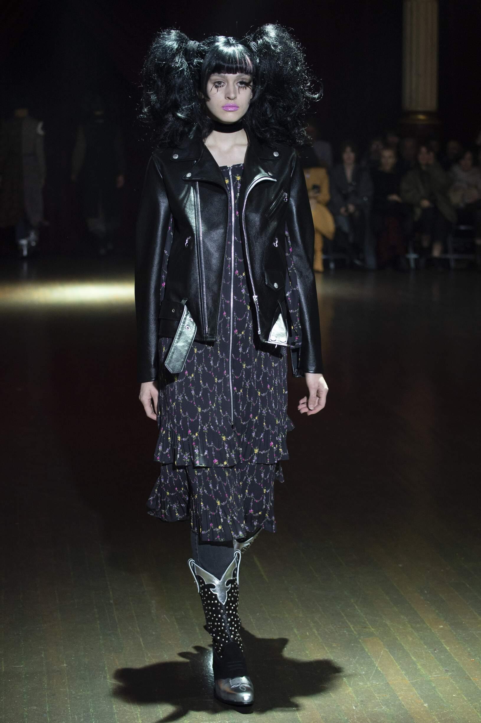 Junya Watanabe Womenswear Fashion Show