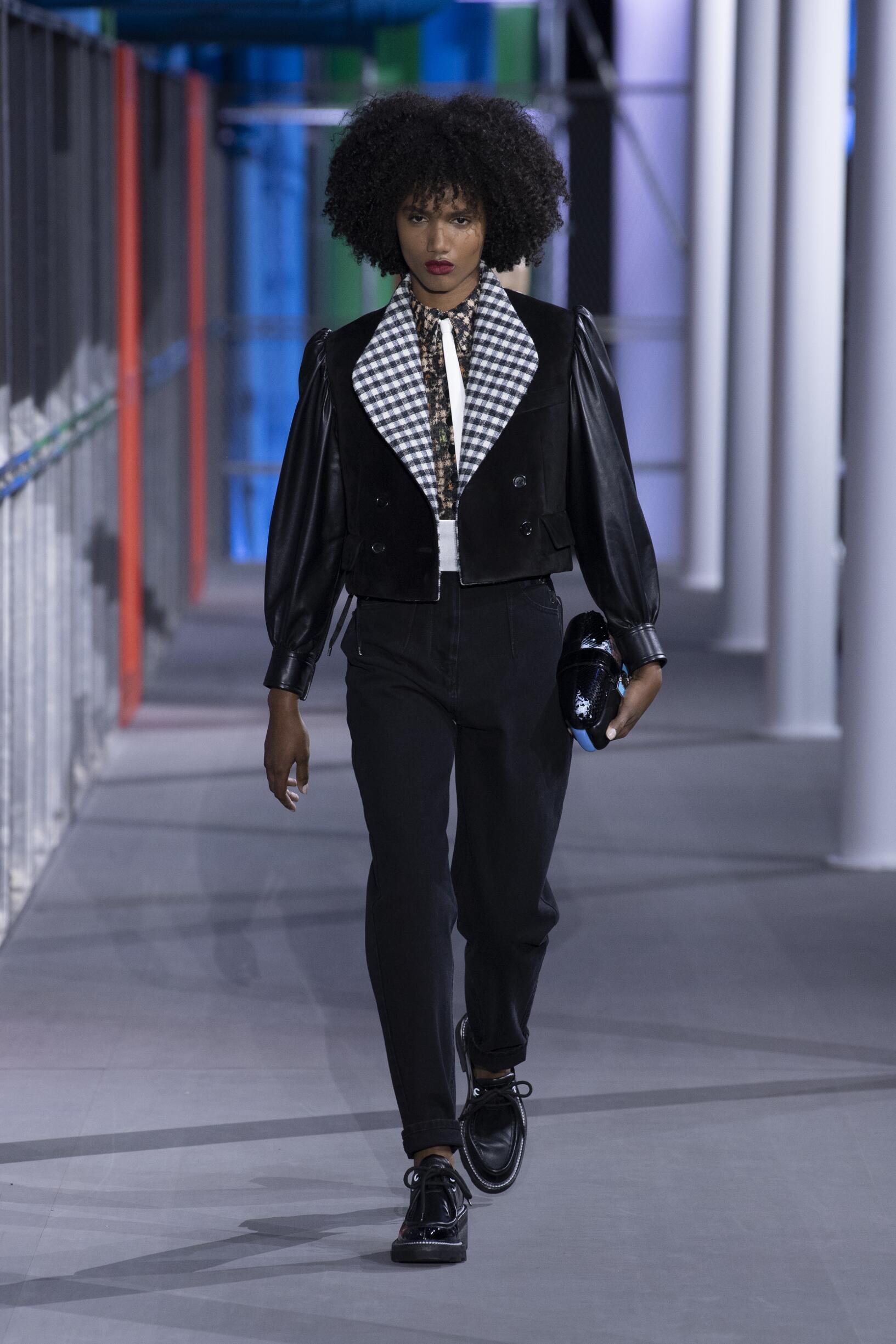 Louis Vuitton 2019 Paris Trends