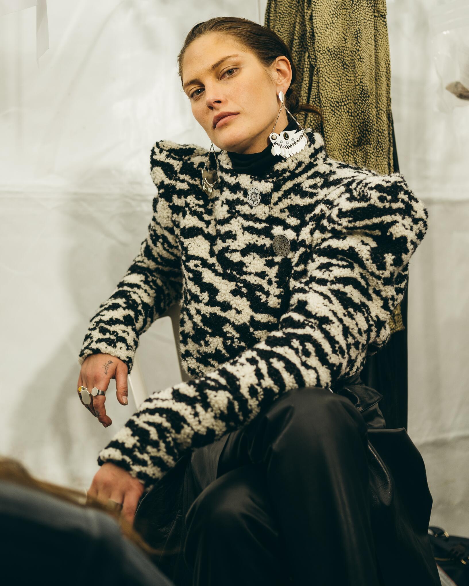 Model 2019-20 Backstage Isabel Marant