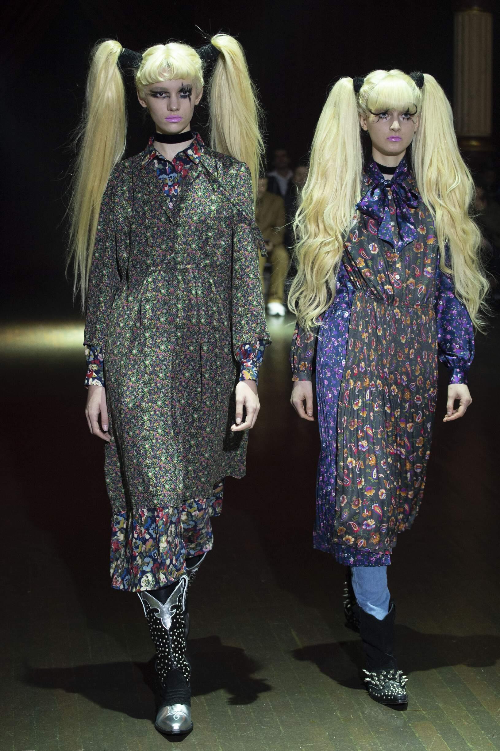 Model Fashion Show Junya Watanabe