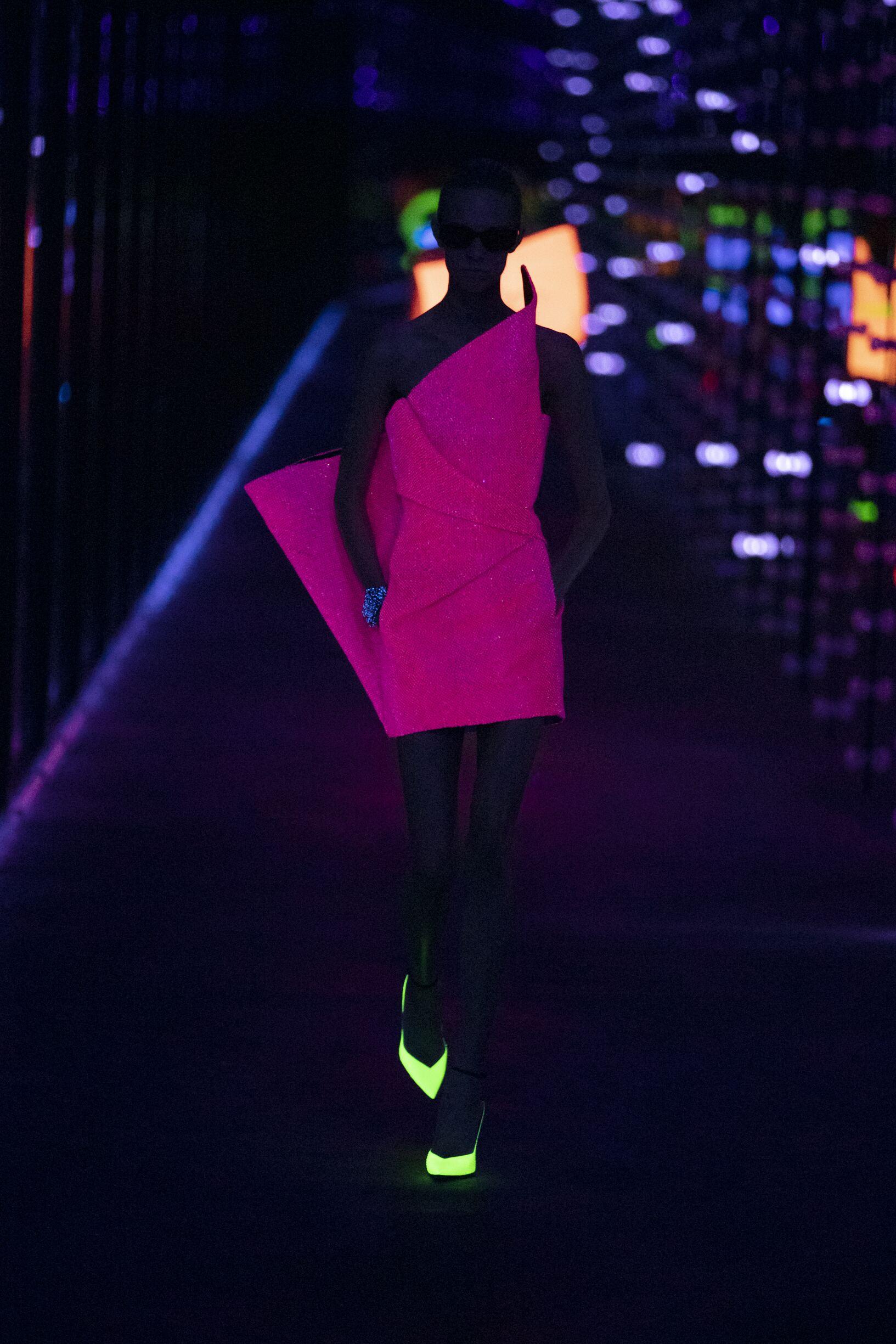 Model Fashion Week 2019 20 Catwalk Saint Laurent