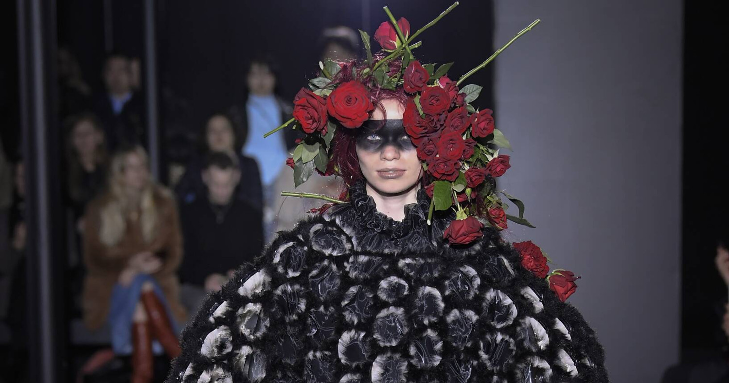 Noir Kei Ninomiya Fashion Show FW 2019 Paris