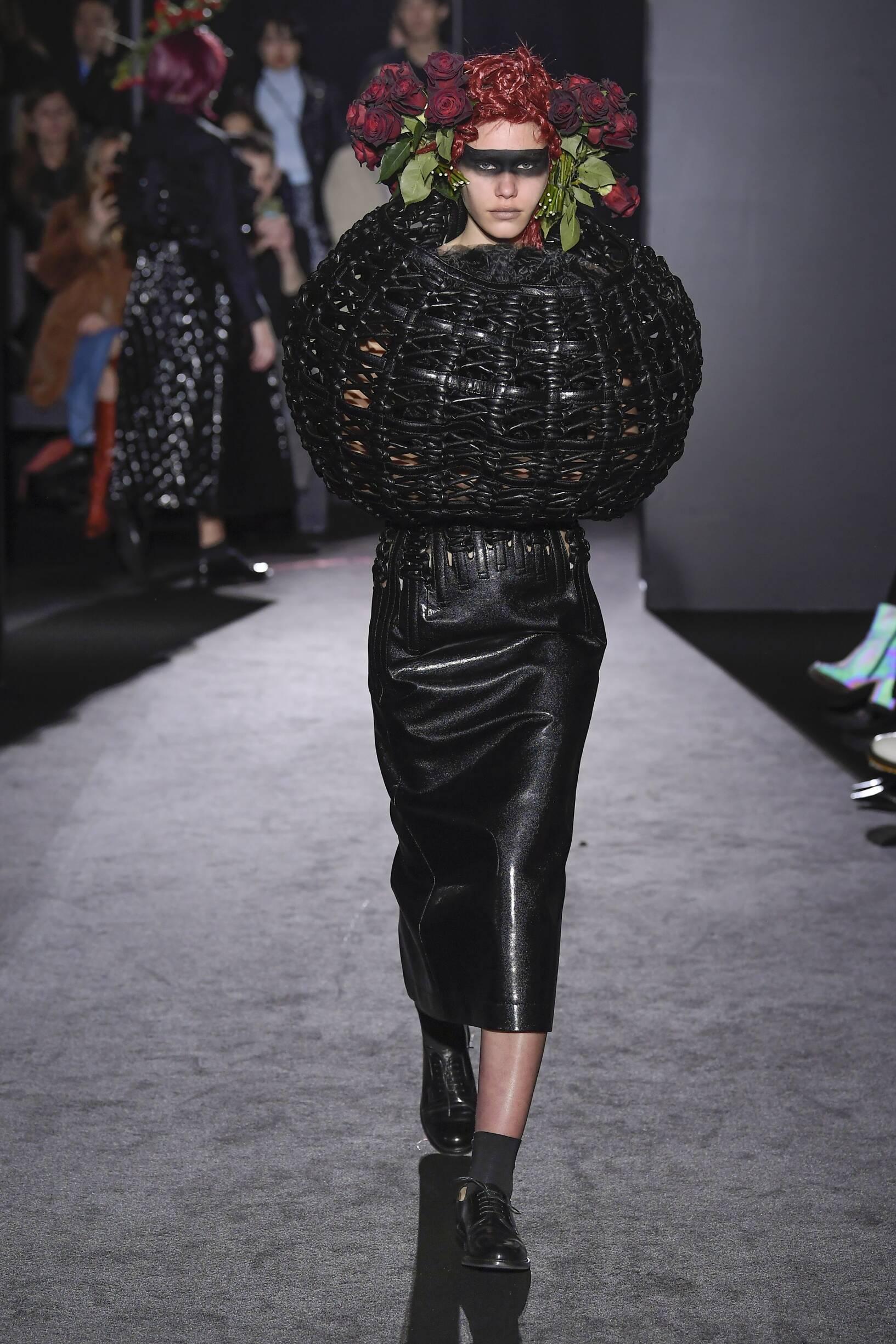 Noir Kei Ninomiya Paris Fashion Week Womenswear Trends