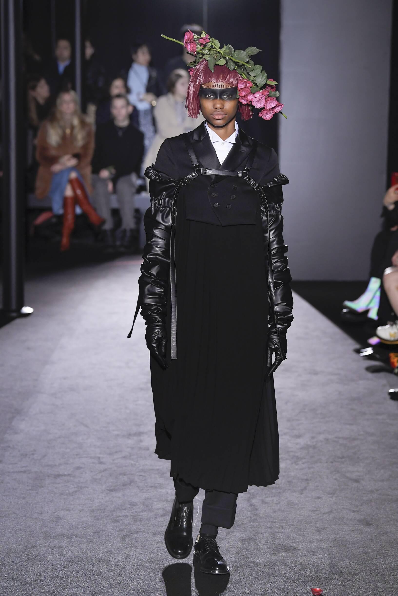 Noir Kei Ninomiya Woman 2019