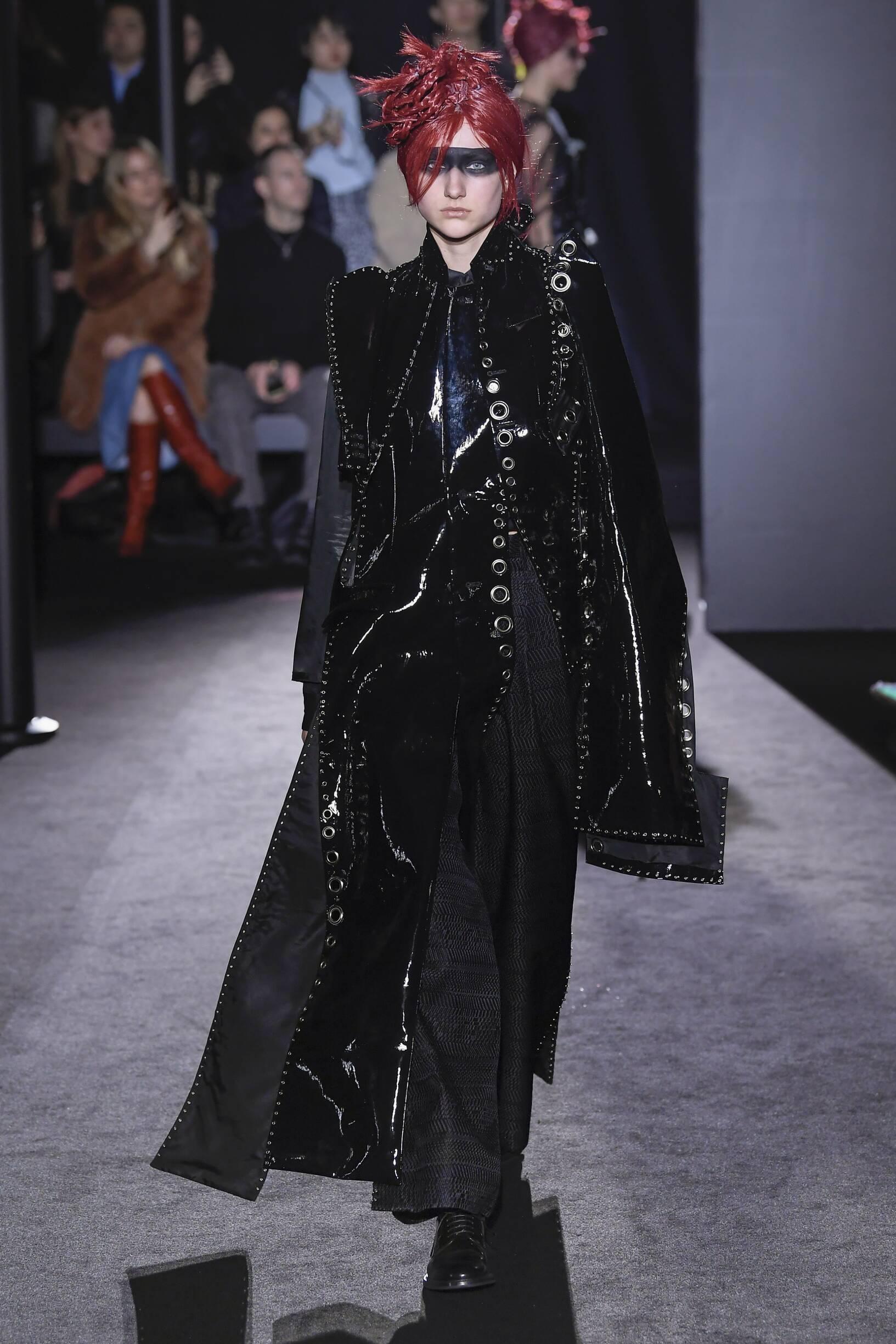 Runway Noir Kei Ninomiya Fall Winter 2019 Collection Paris Fashion Week