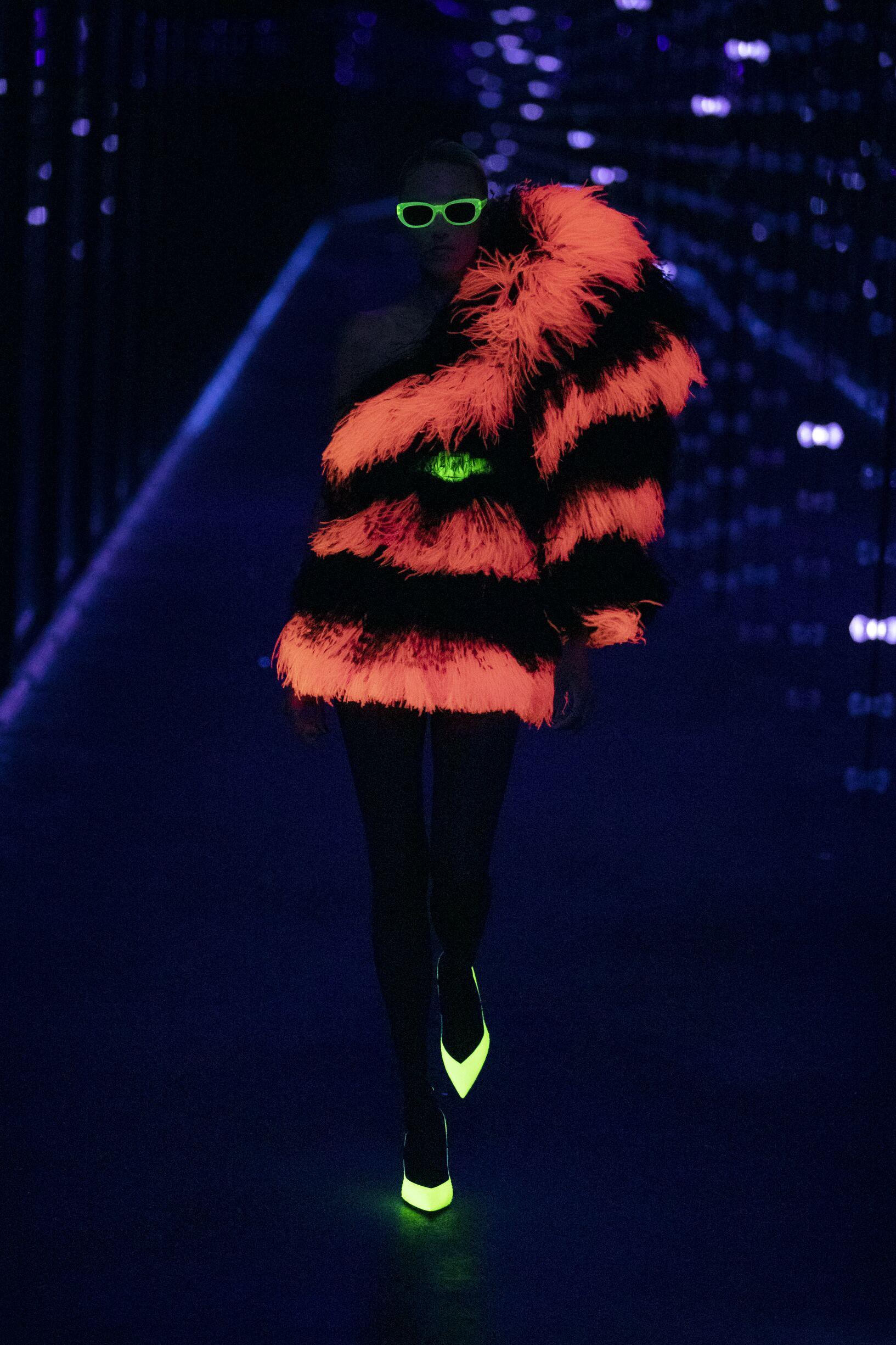 Saint Laurent 2019 2020 Paris Trends Womenswear
