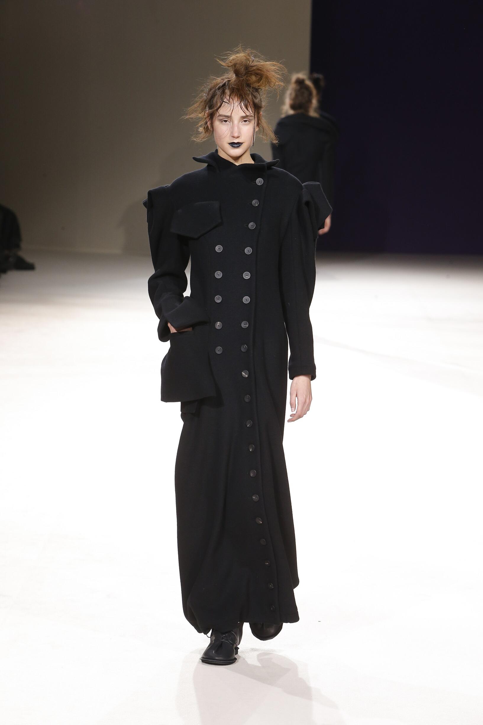 Winter 2019 Fashion Trends Yohji Yamamoto