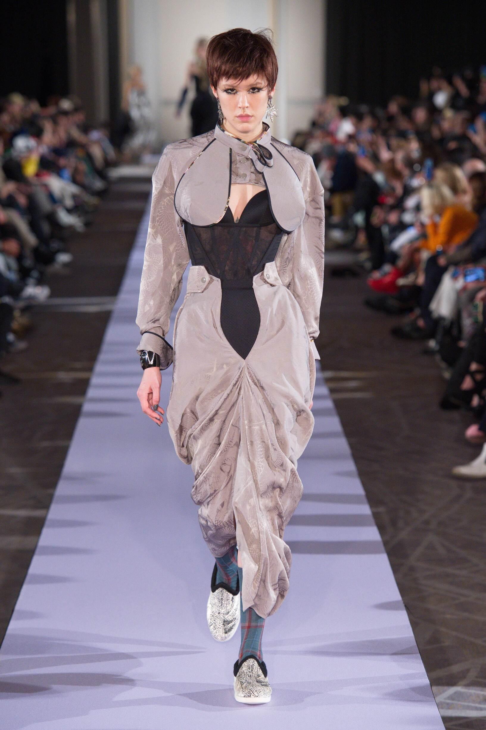Woman FW 2019 Andreas Kronthaler for Vivienne Westwood Show Paris Fashion Week