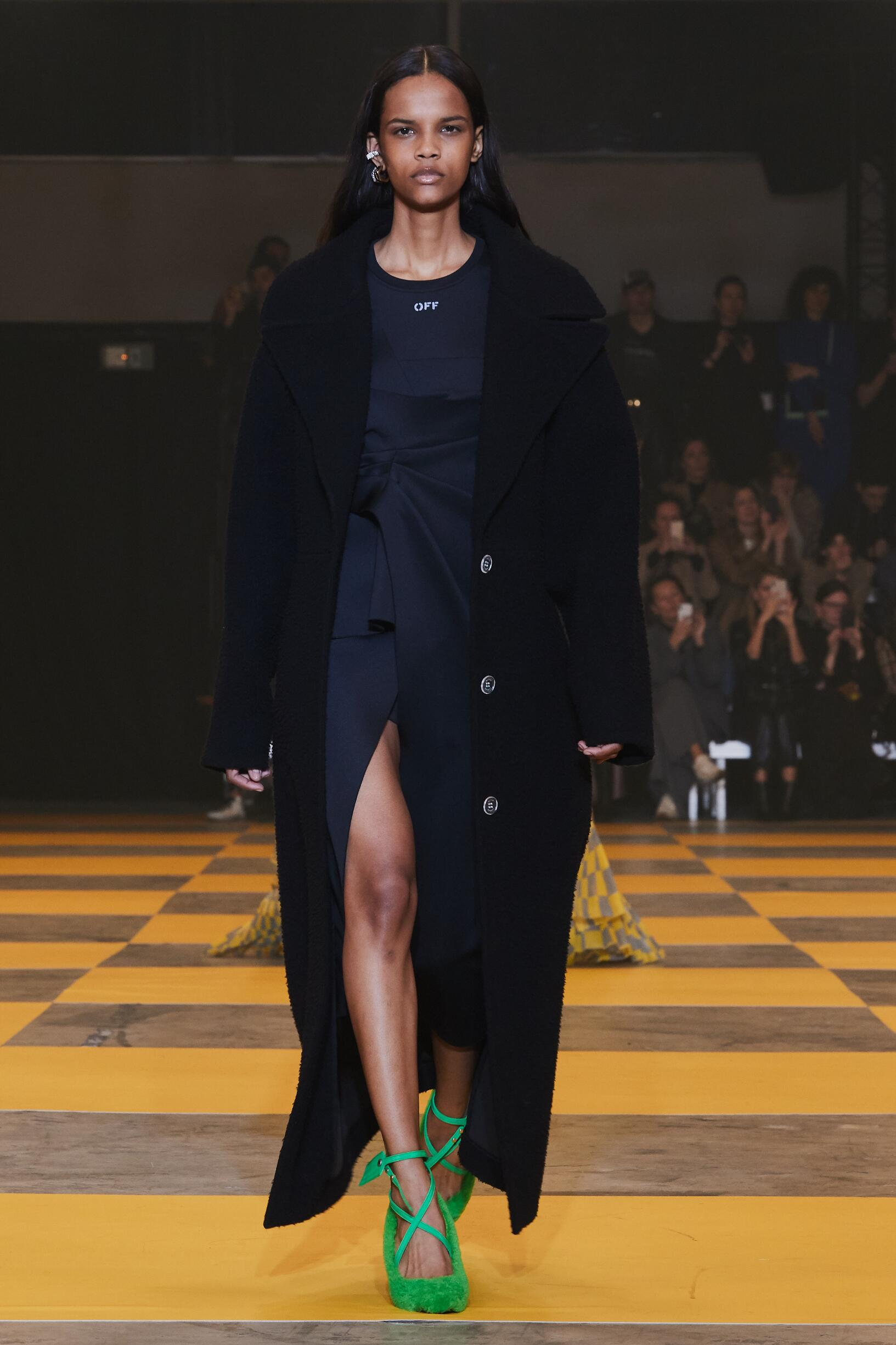 Woman FW 2019 Off White c/o Virgil Abloh Show Paris Fashion Week