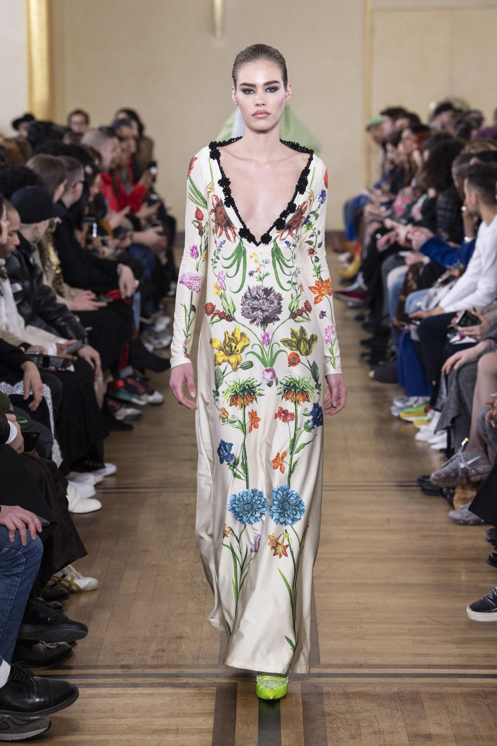 Woman FW 2019 Y/Project Show Paris Fashion Week