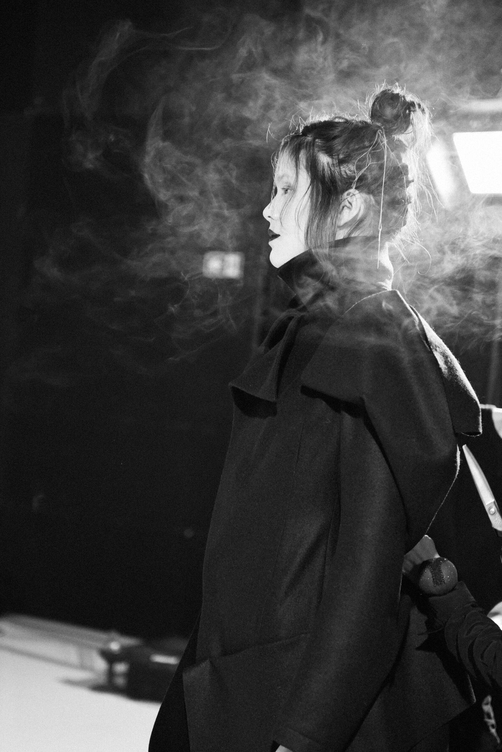 Woman Model 2019 Backstage Yohji Yamamoto