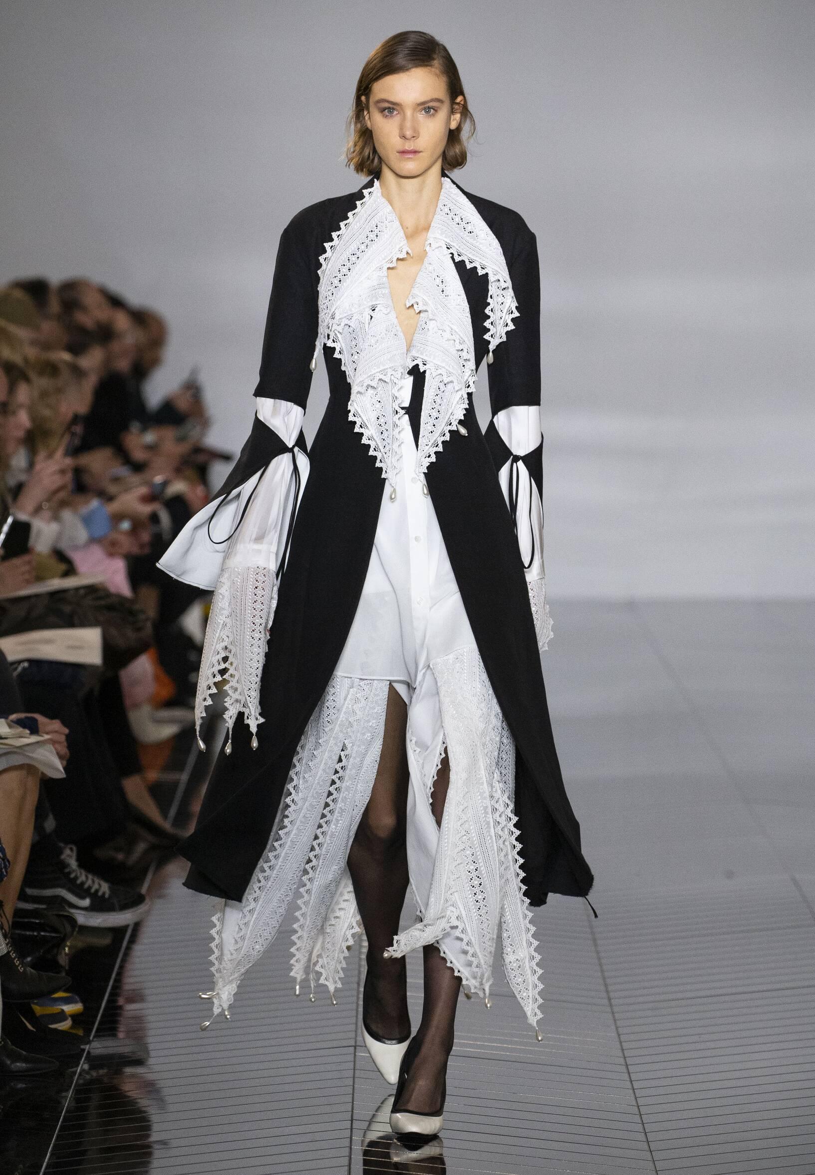 Womenswear Winter Loewe 2019