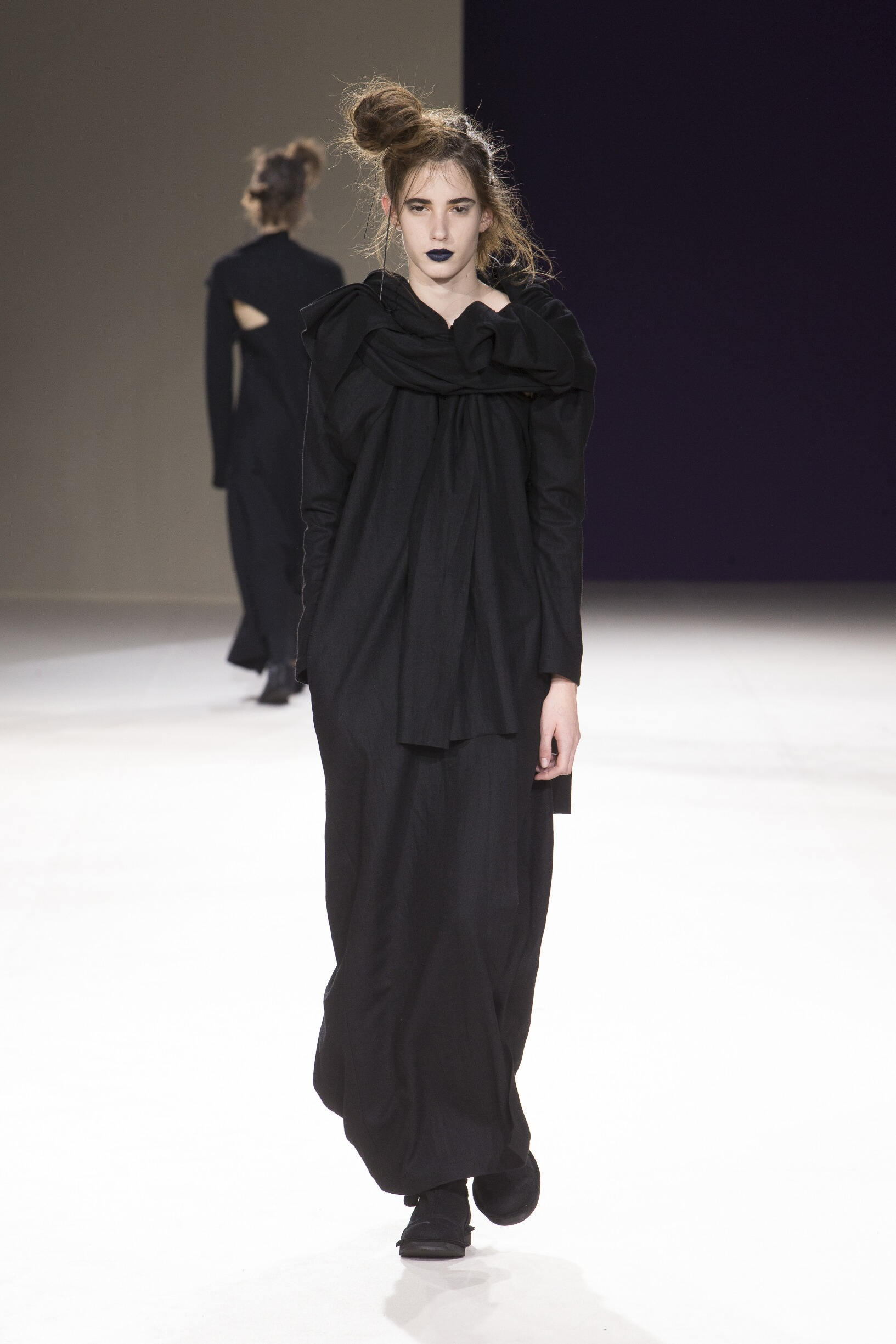 Yohji Yamamoto Fall Winter 2019 Womens Collection Paris Fashion Week