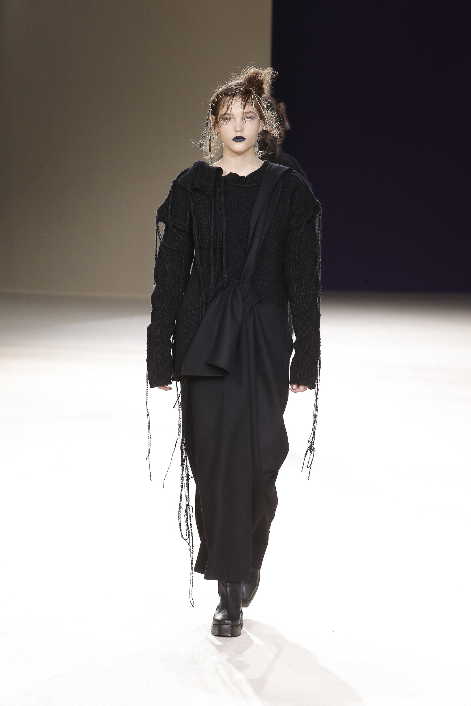 Yohji Yamamoto Paris Fashion Week Womenswear Trends