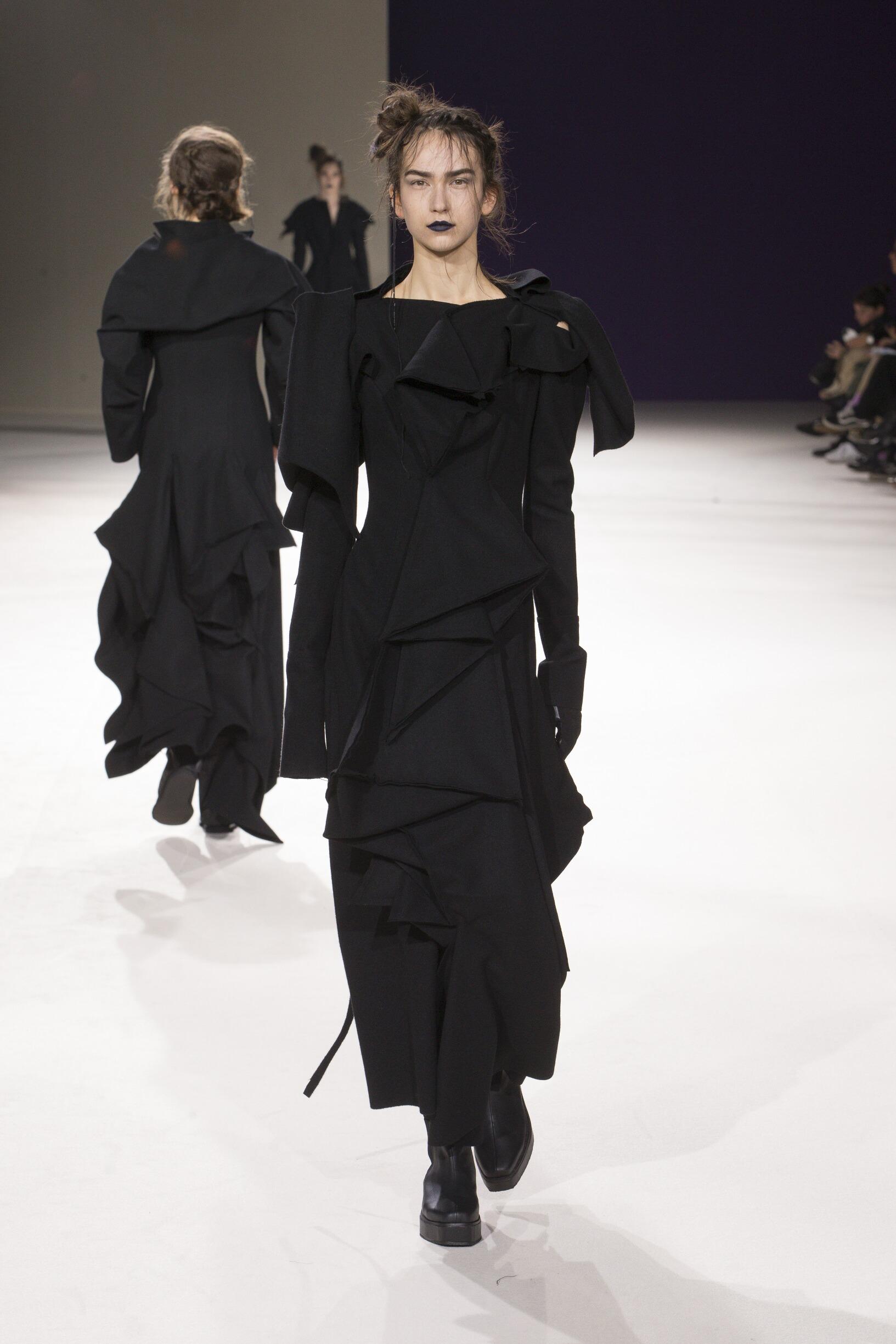 Yohji Yamamoto Woman 2019-20