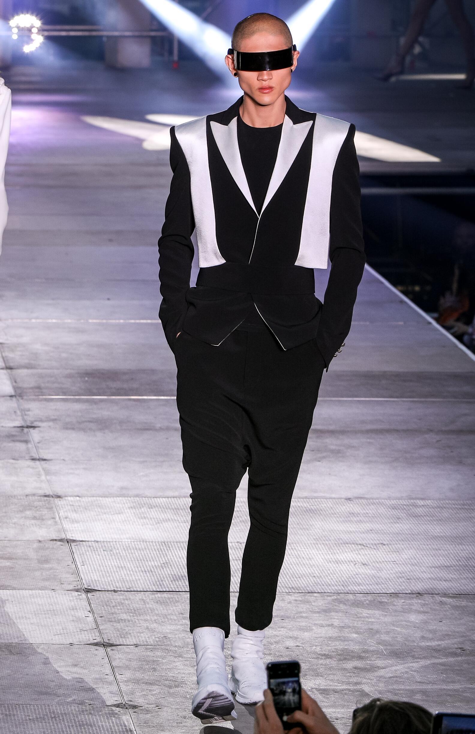2020 Balmain Trends Paris Fashion Show
