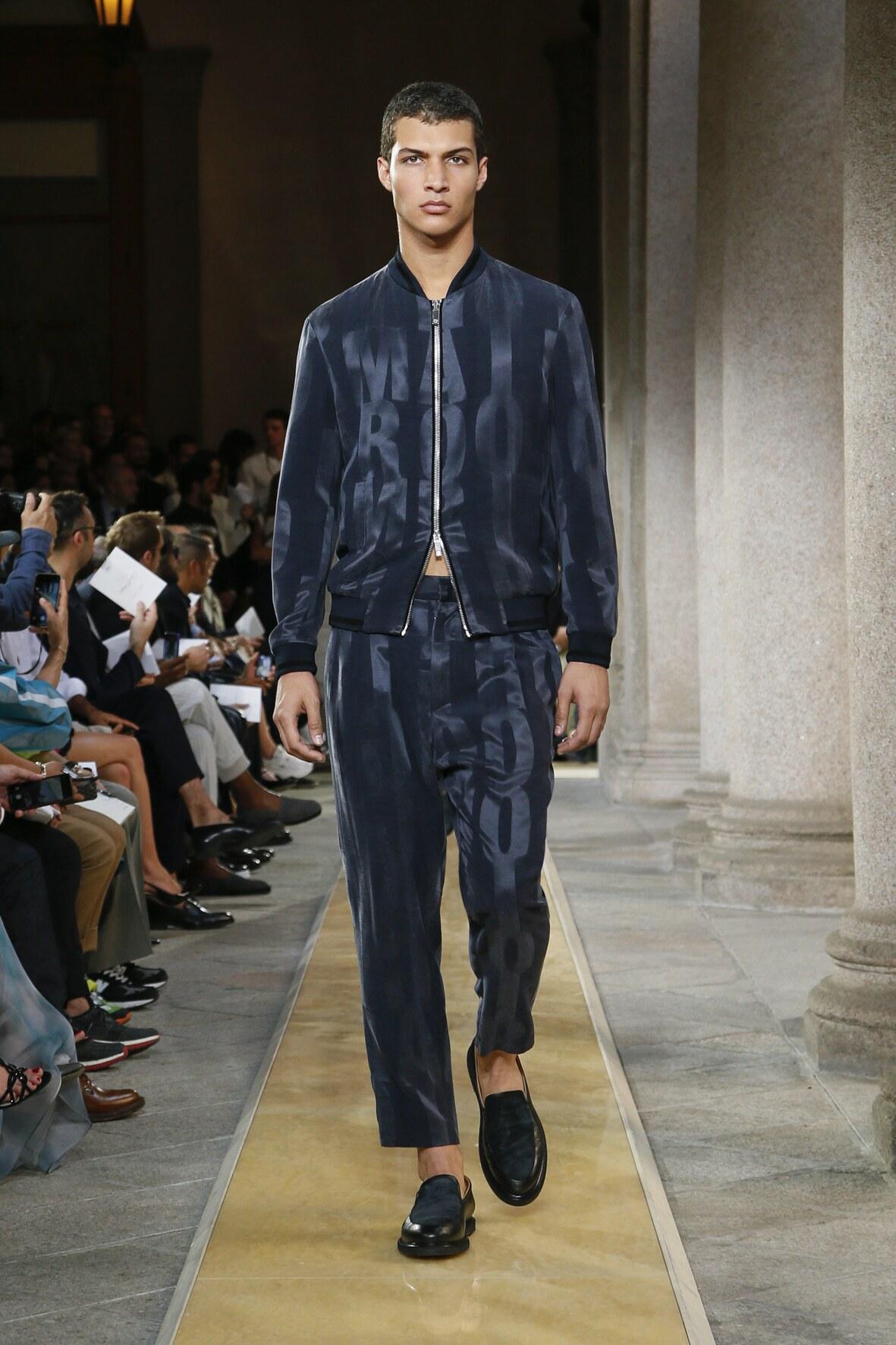 2020 Catwalk Giorgio Armani Fashion Show Summer