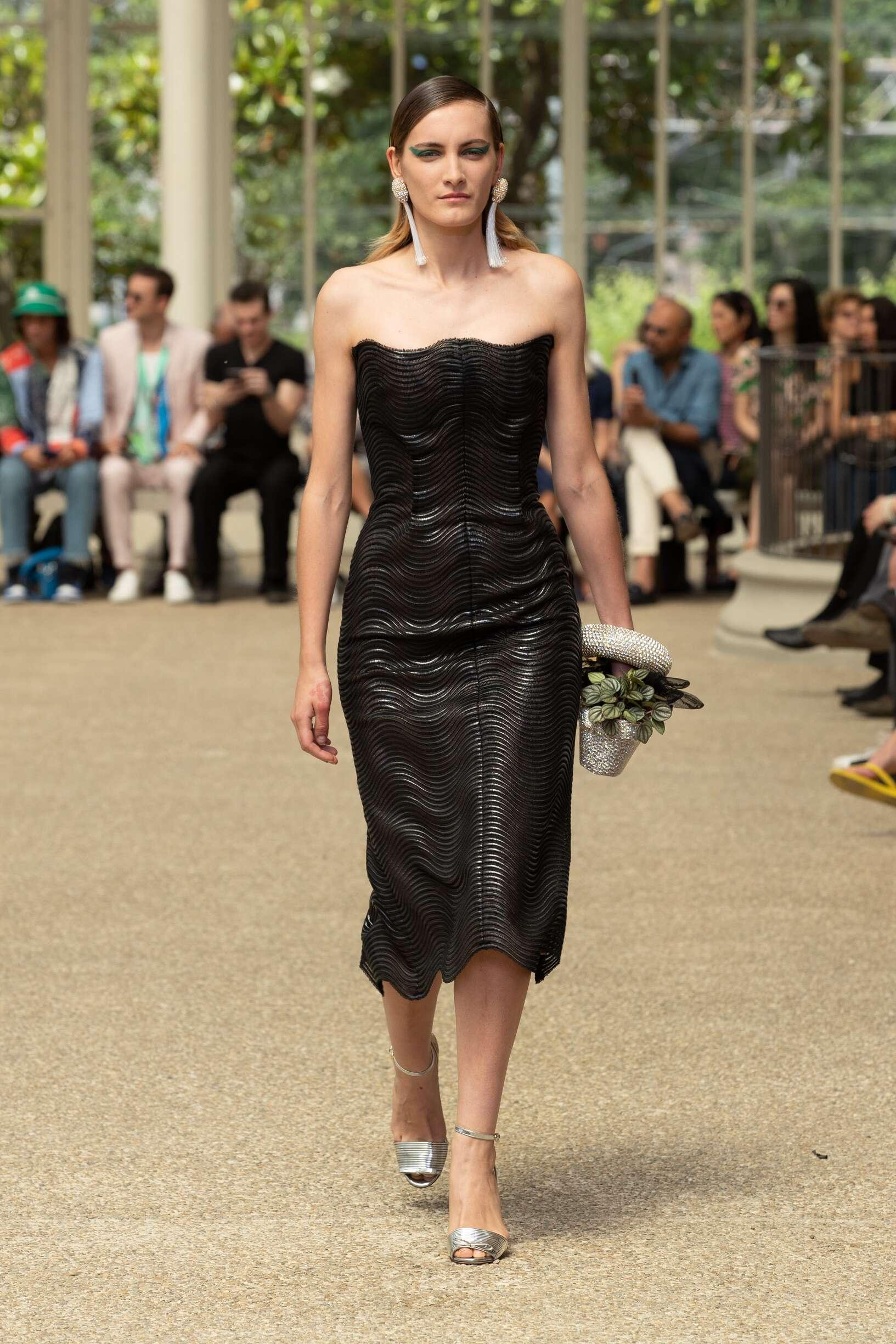2020 Catwalk Marco De vincenzo Woman Fashion Show Summer