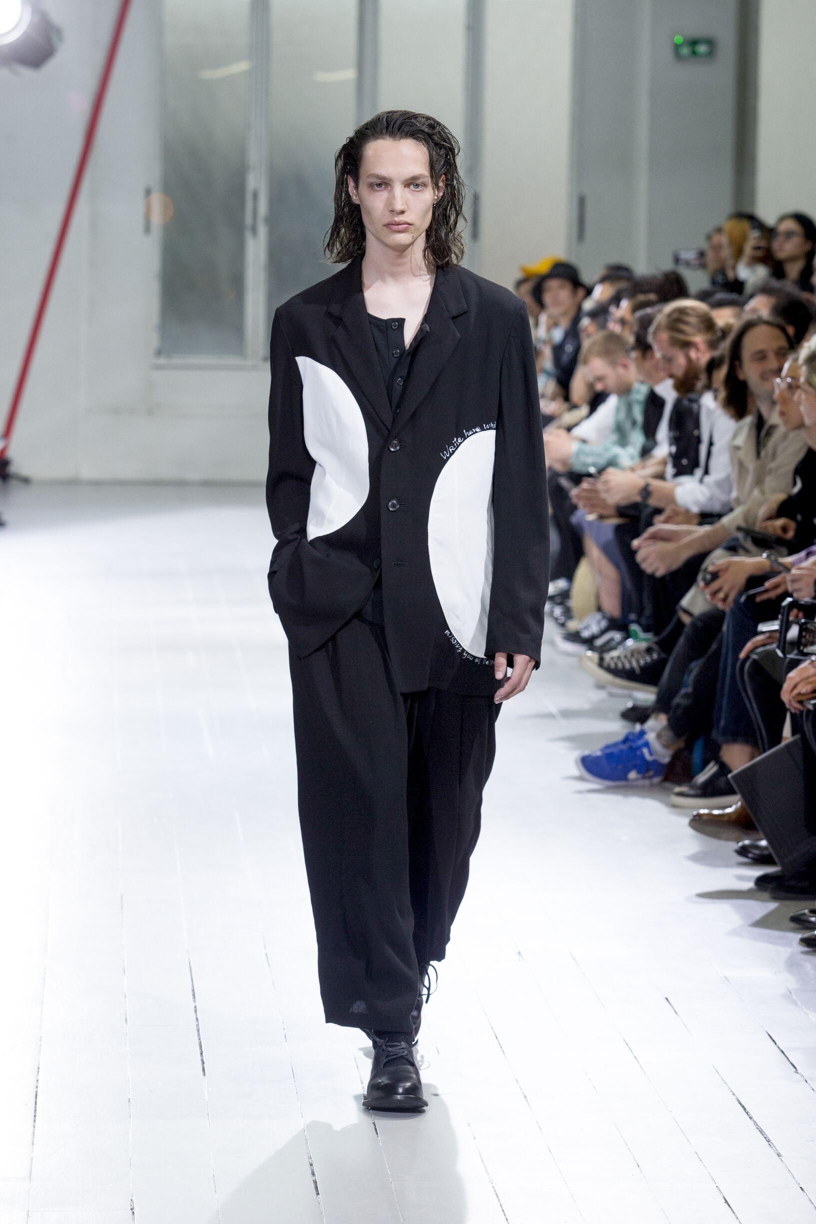 2020 Catwalk Yohji Yamamoto Fashion Show Summer