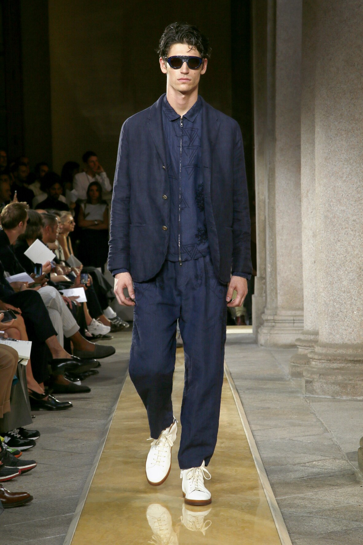 2020 Giorgio Armani Trends Milan Fashion Week