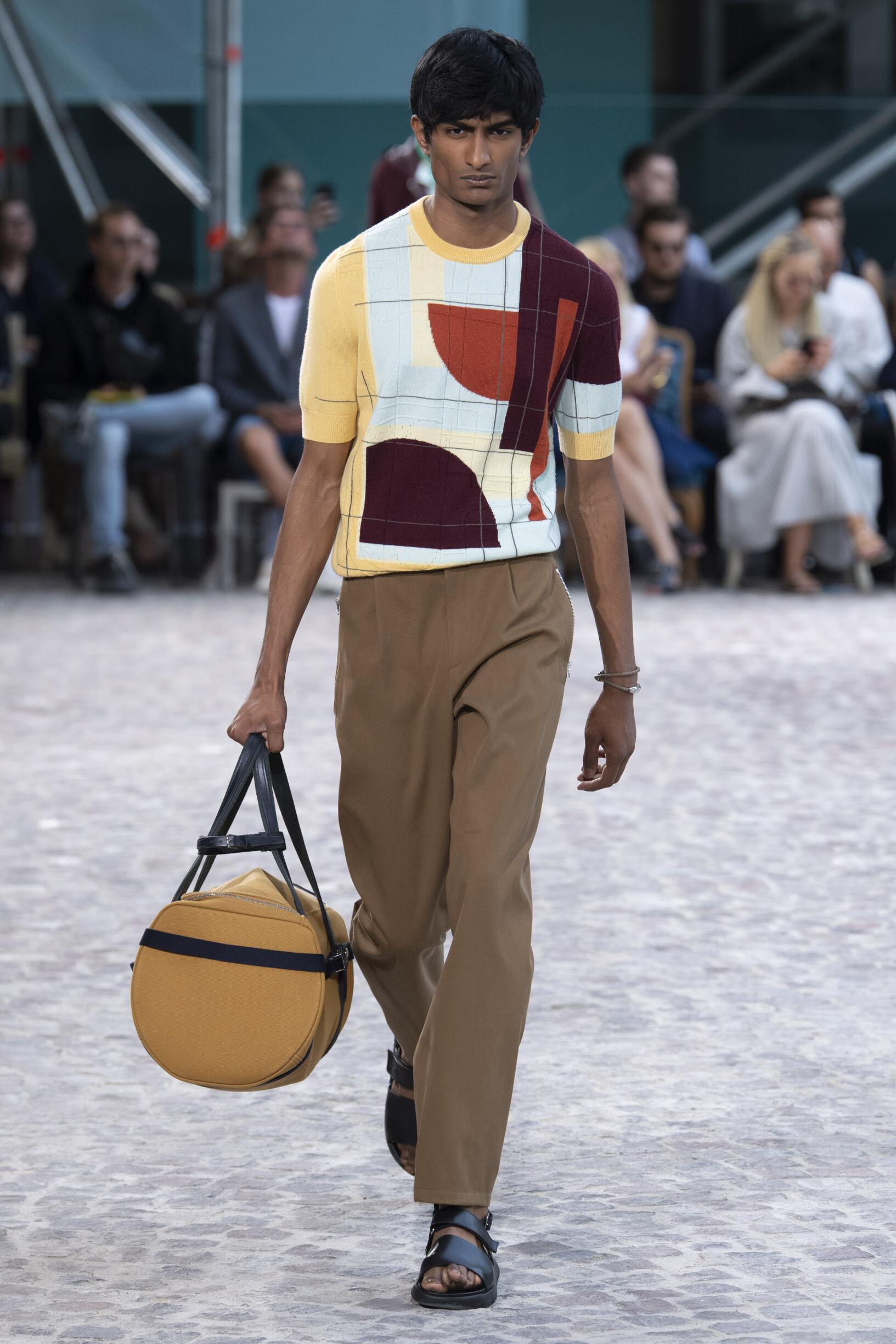 2020 Hermès Spring Catwalk
