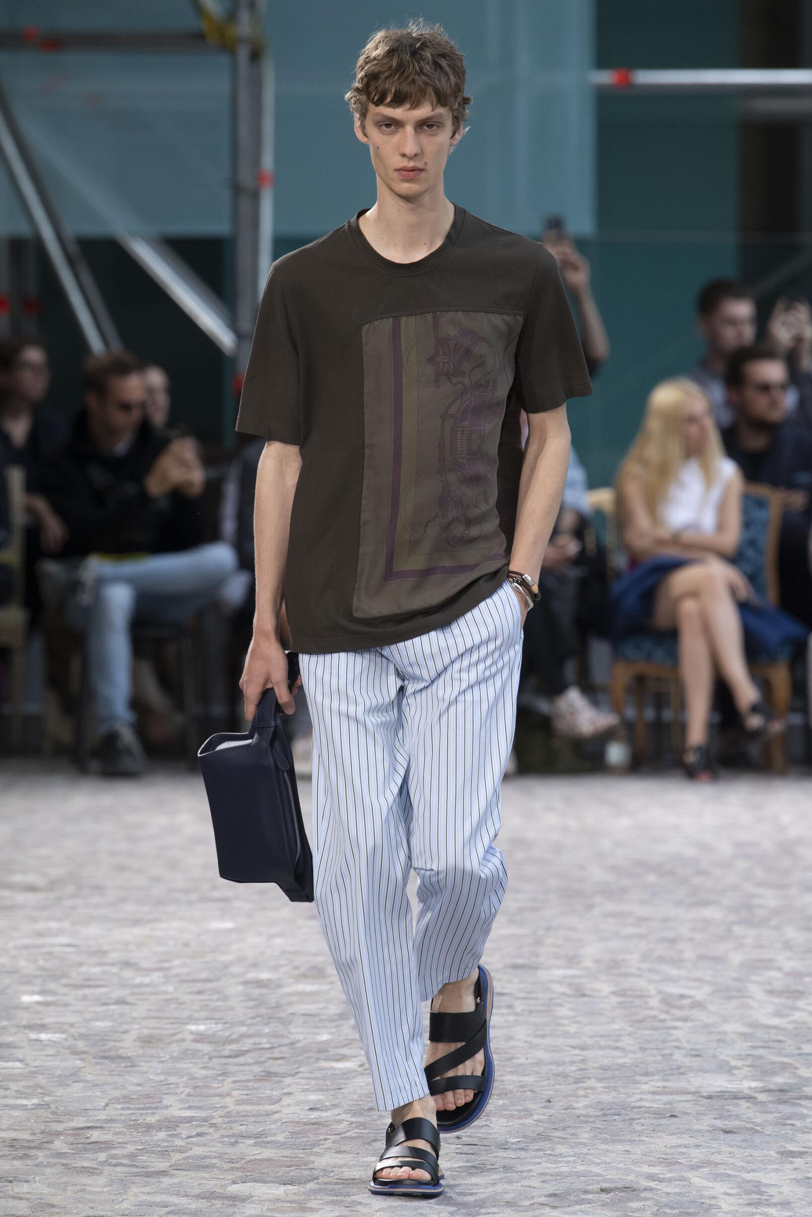 2020 Hermès Summer Catwalk