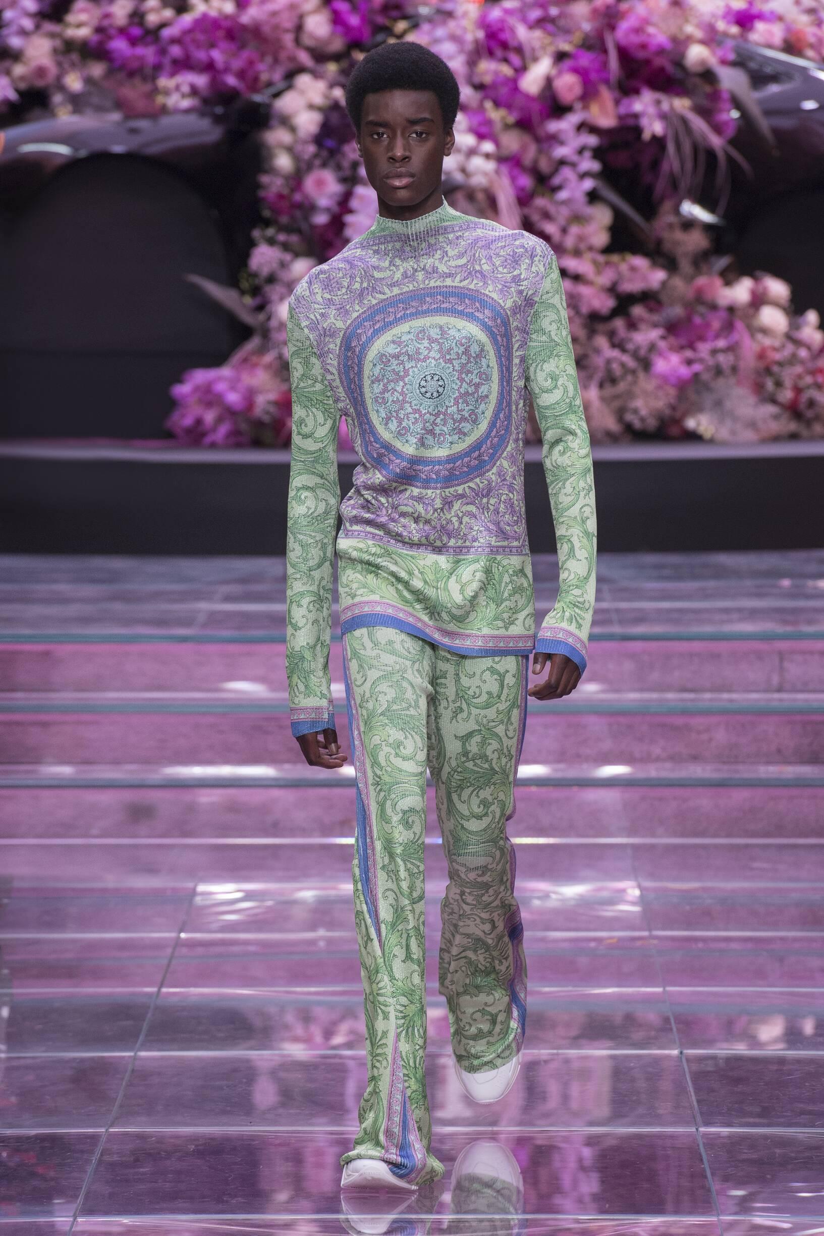 2020 Man Style Versace