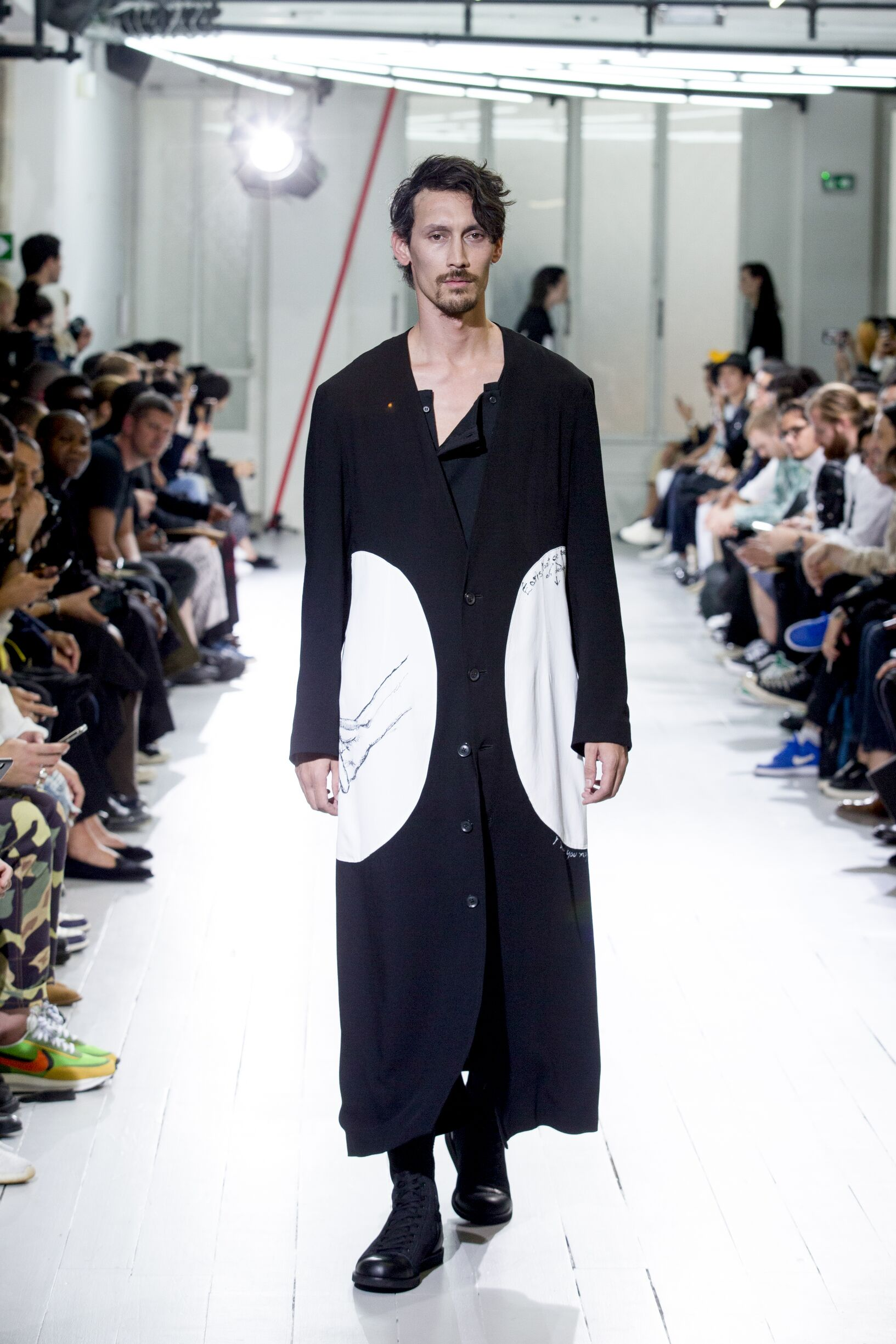 2020 Yohji Yamamoto Summer Catwalk