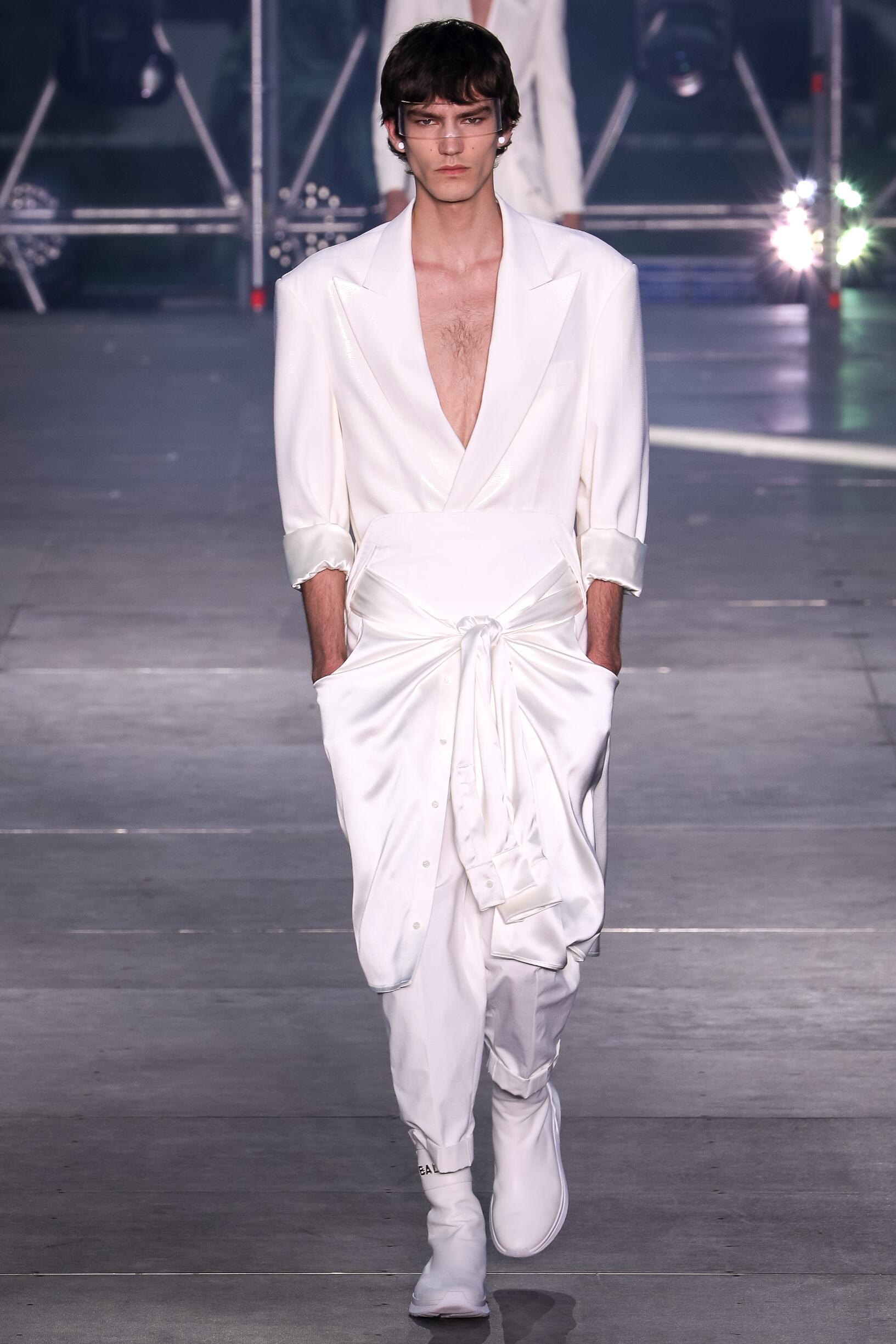 Balmain Fashion Show SS 2020