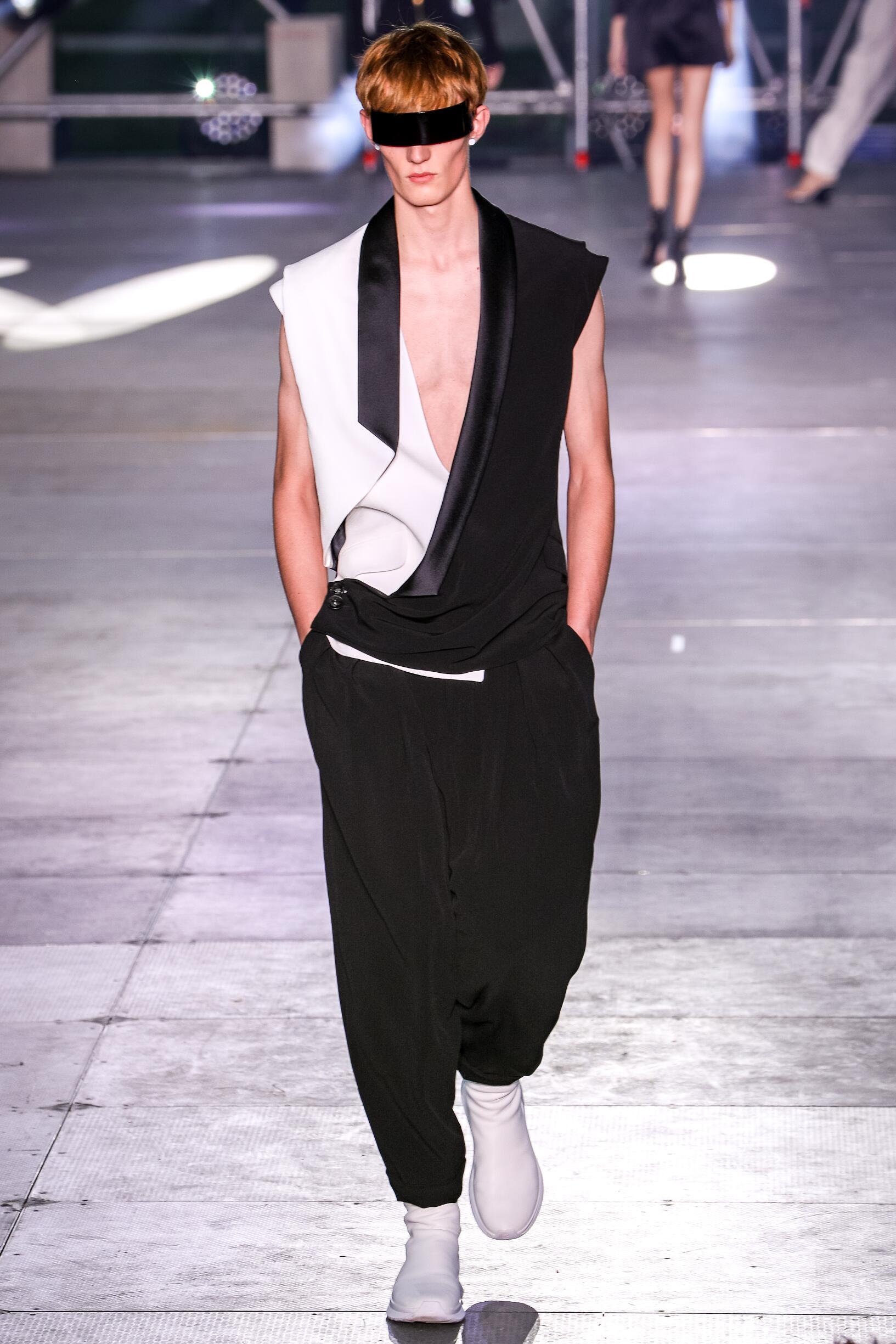 Balmain Paris Fashion Week