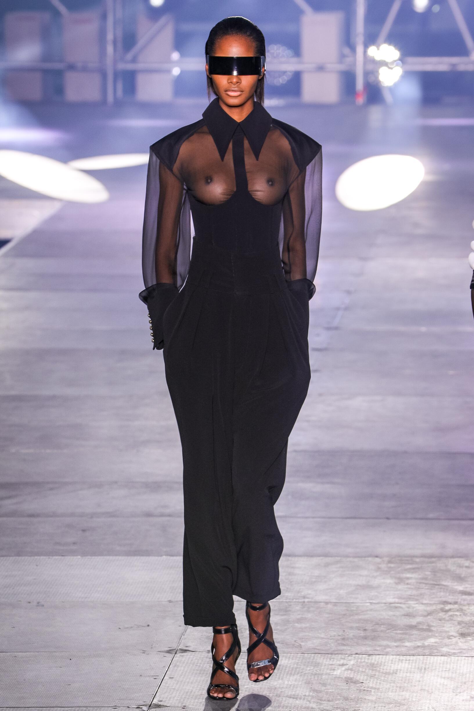 Balmain SS Paris Trends Womenswear