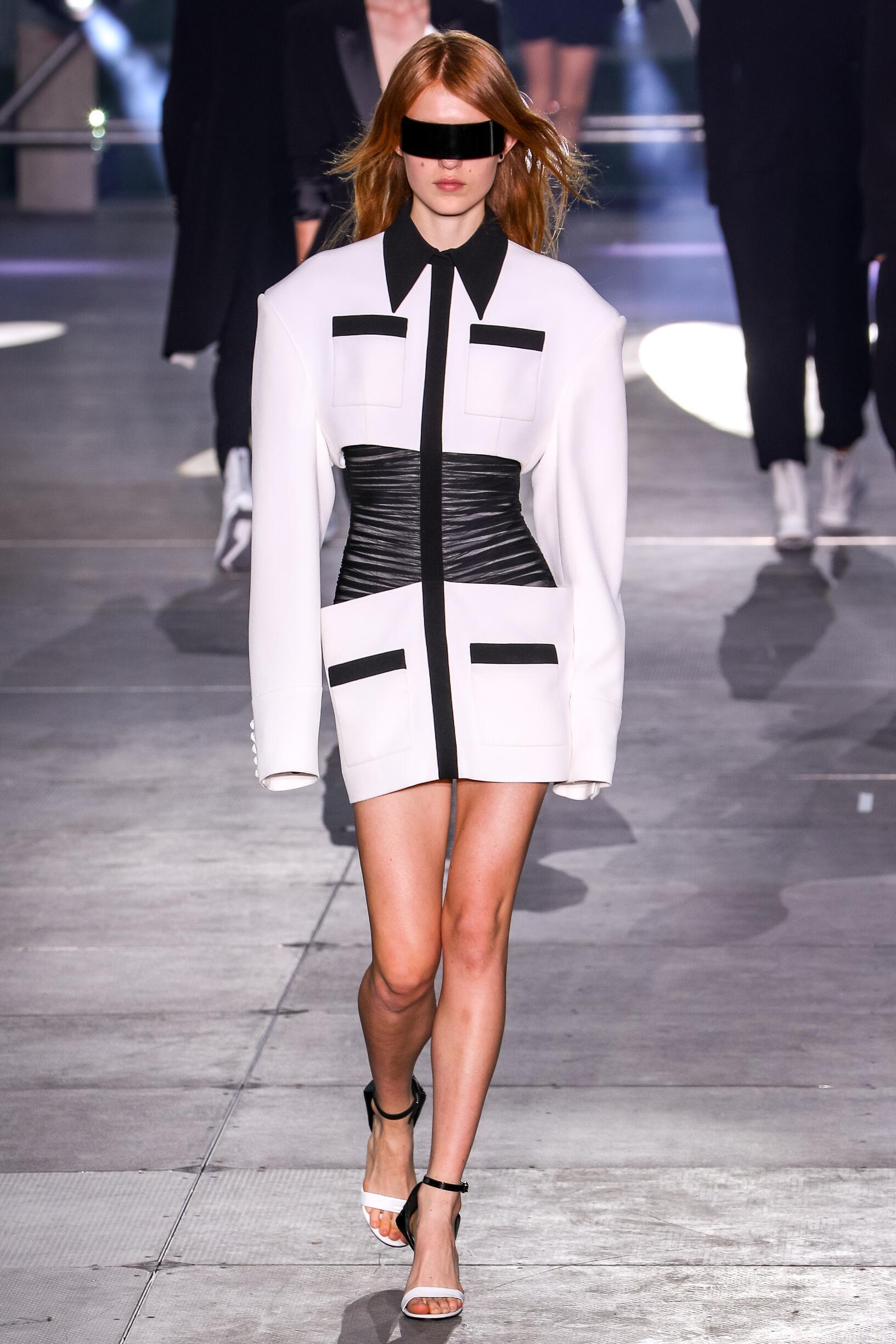 Balmain Womenswear Collection Trends SS