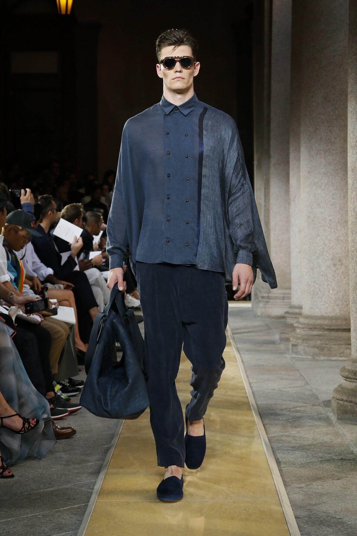 Catwalk Giorgio Armani Man Fashion Show Summer 2020