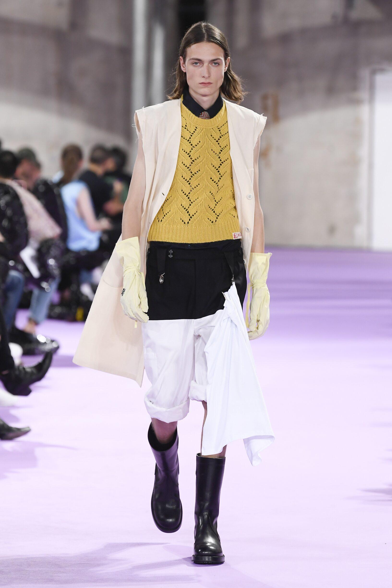 Catwalk Raf Simons Man Fashion Show Summer 2020