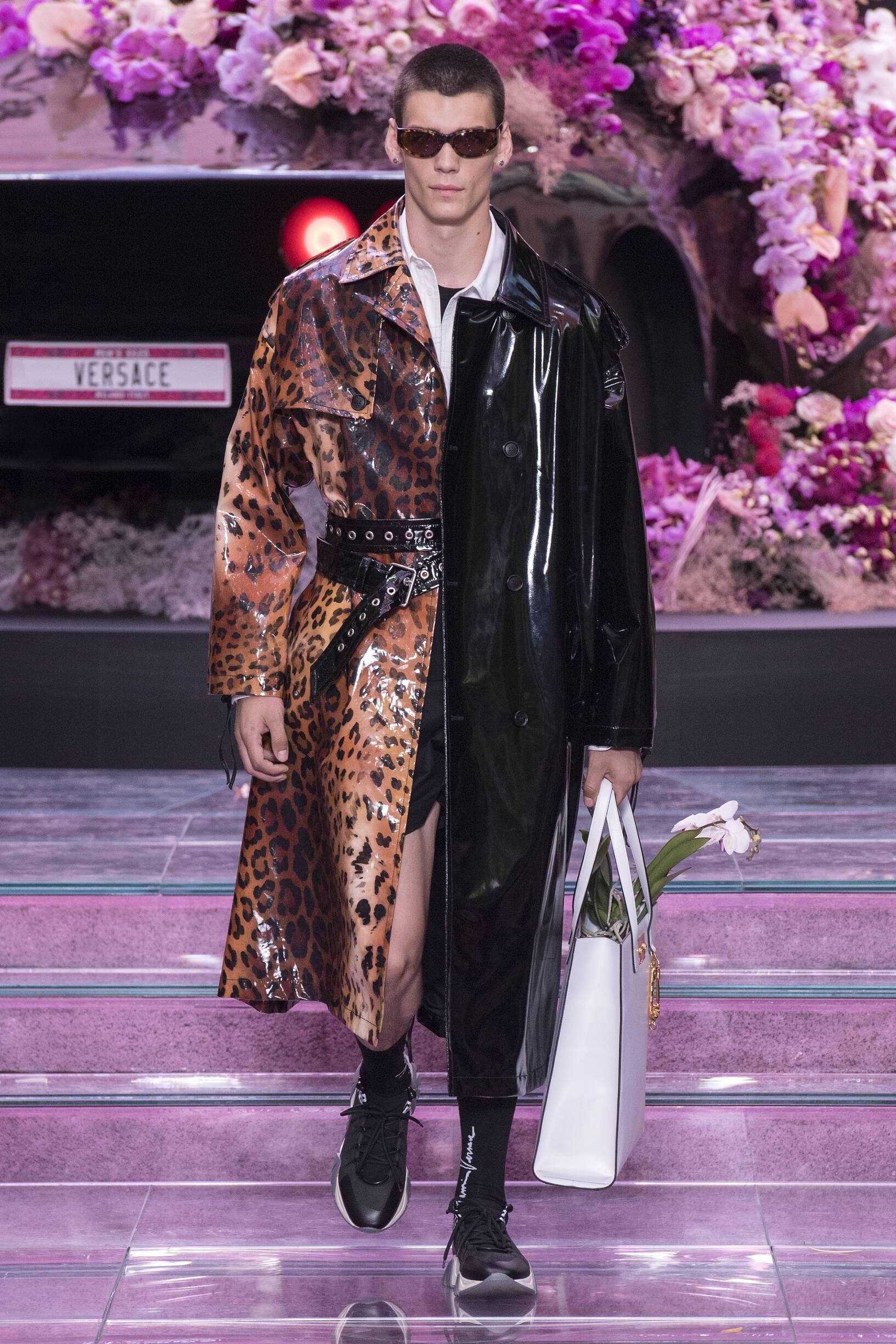 Catwalk Versace Summer 2020